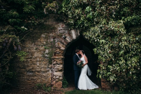 Caroline & Mark, Berkeley Castle