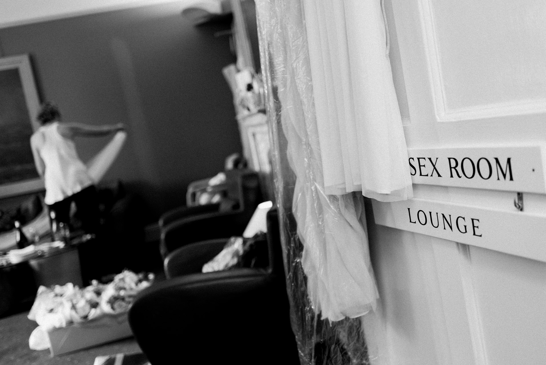 Dillington House bridal prep room