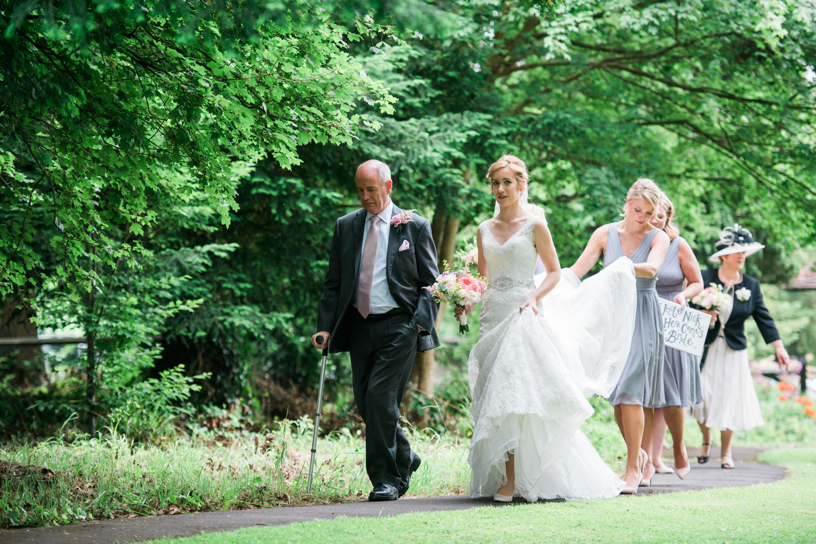 Gloucestershire church wedding photography