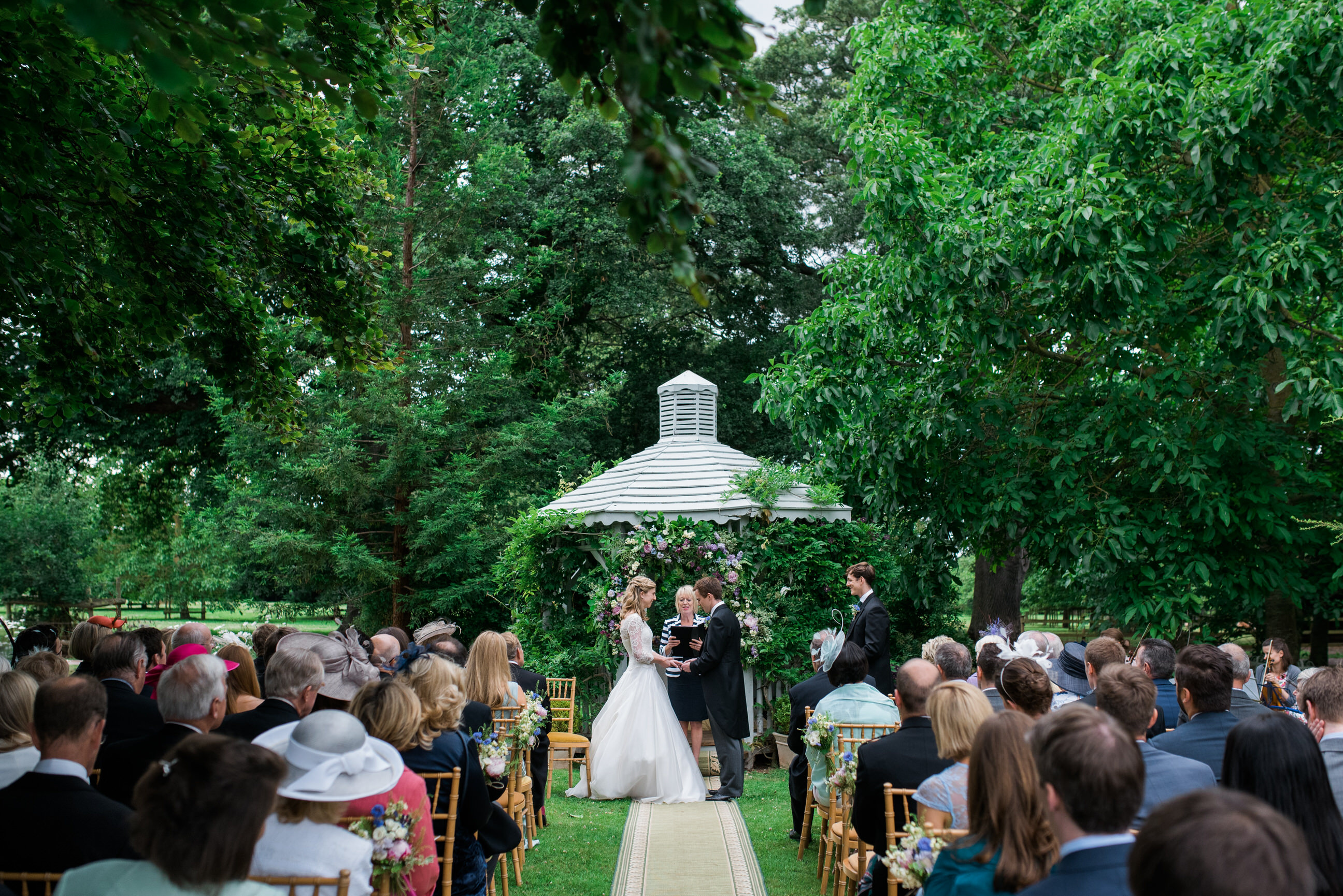 outdoor wedding ceremony Maunsel House