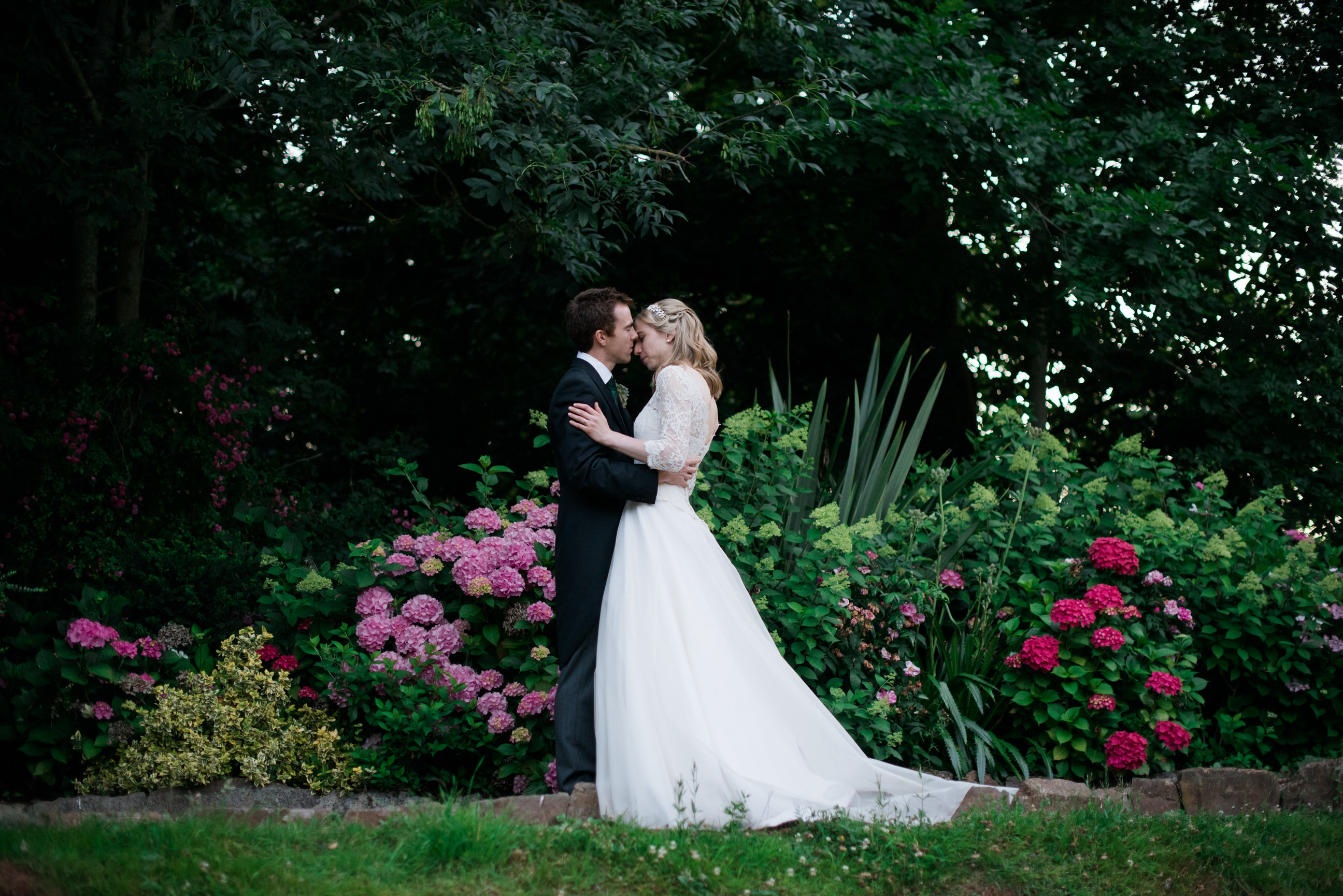 Maunsel House wedding couple