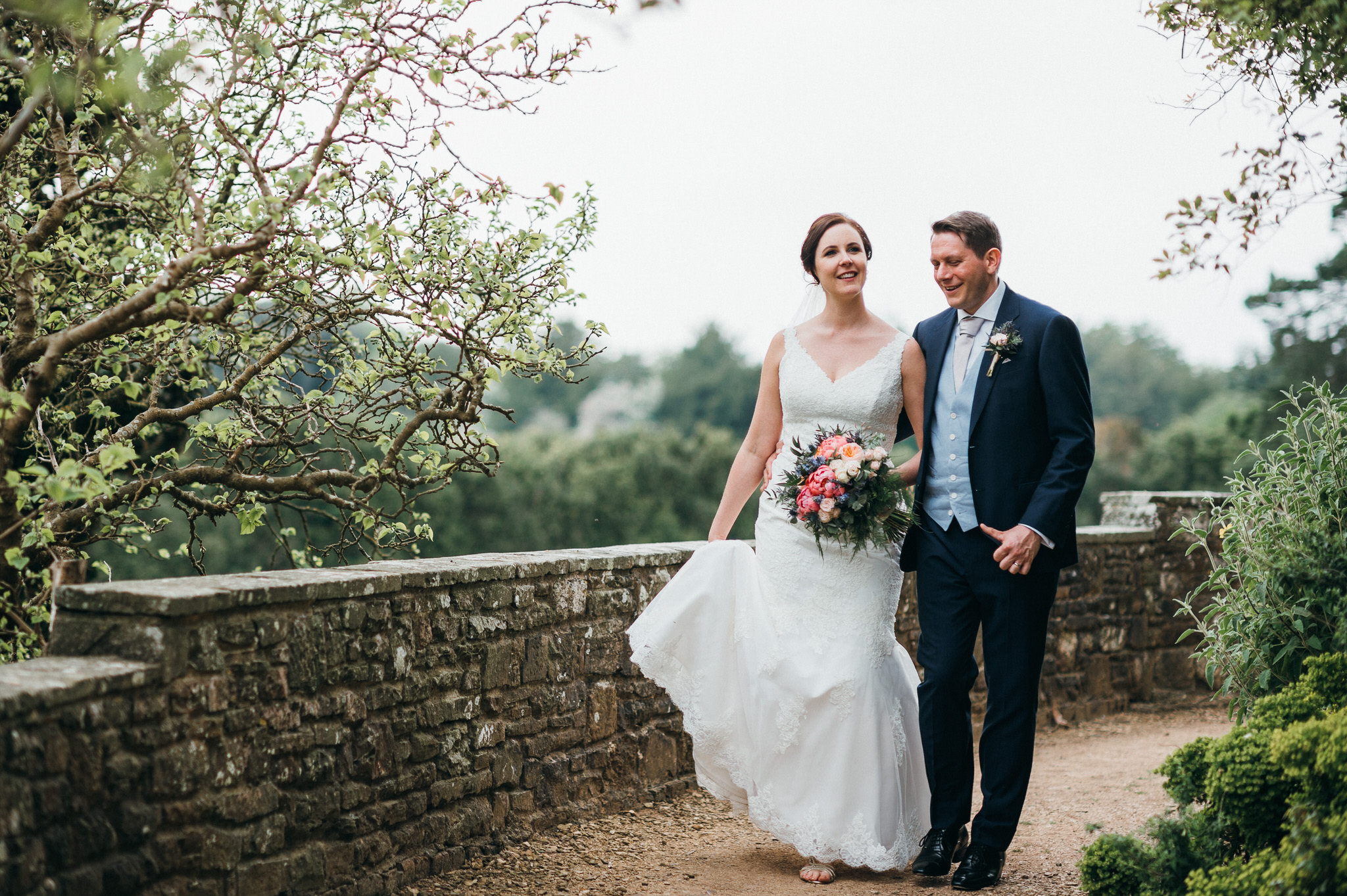 couple photography Berkeley Castle