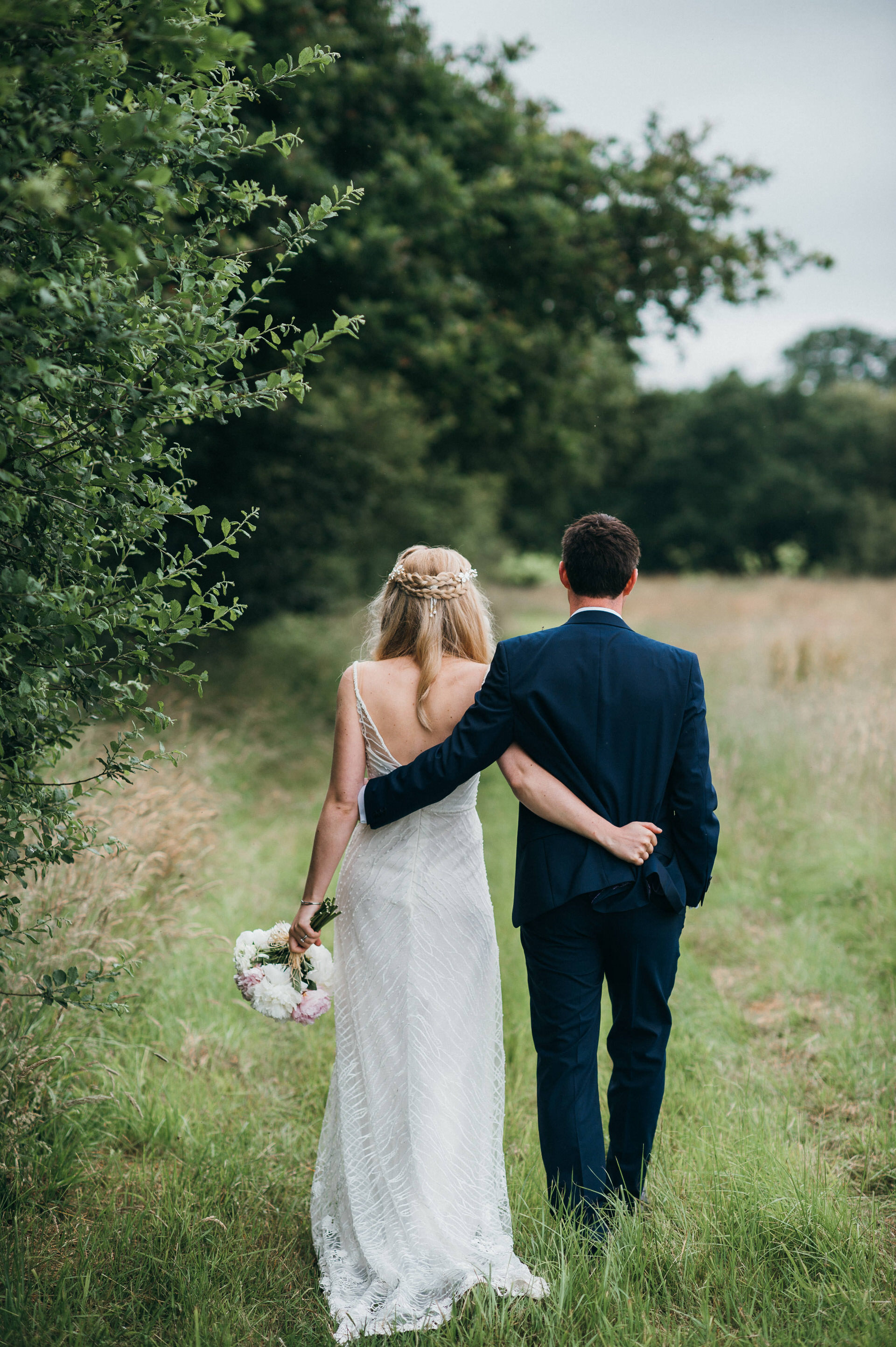 Bull Inn natural wedding photography