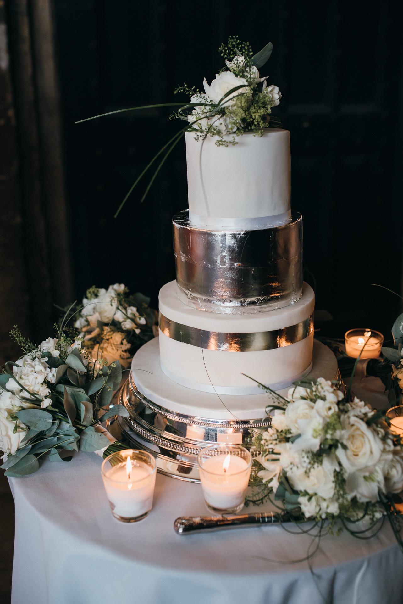 Sudeley castle wedding cake