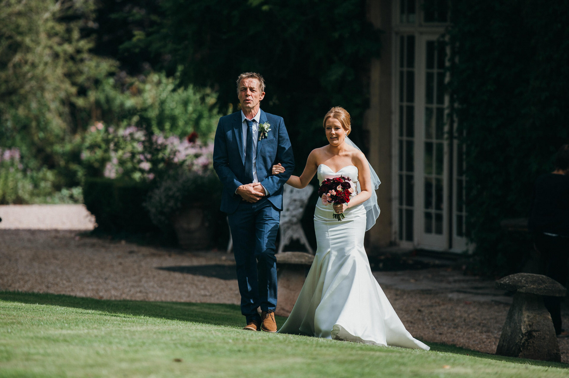 Maunsel house wedding photography 19 outdoor ceremony