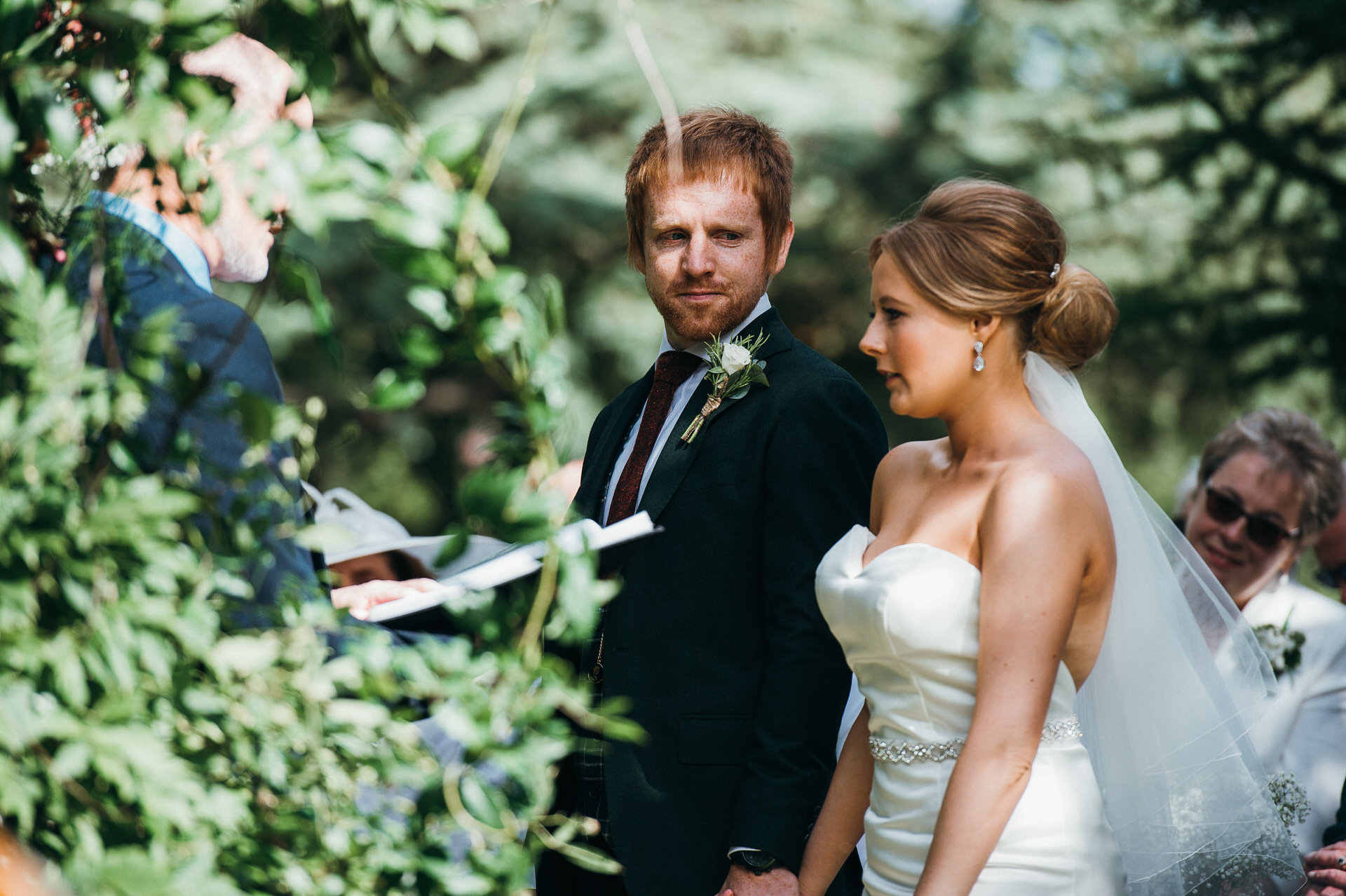 Maunsel house wedding photography 22 outdoor ceremony
