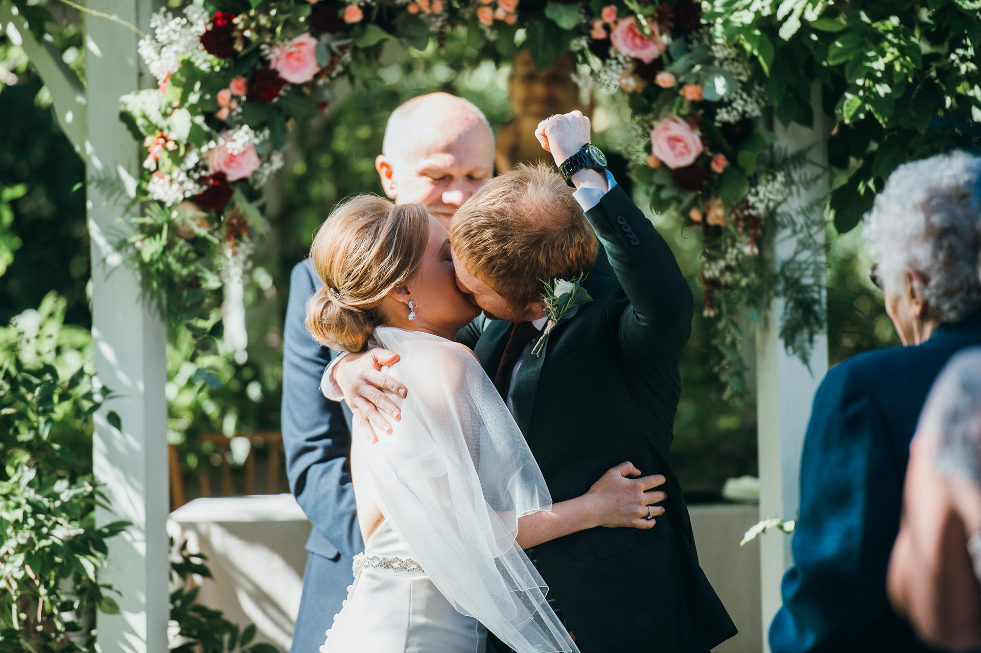 Maunsel house wedding photography 24 outdoor ceremony