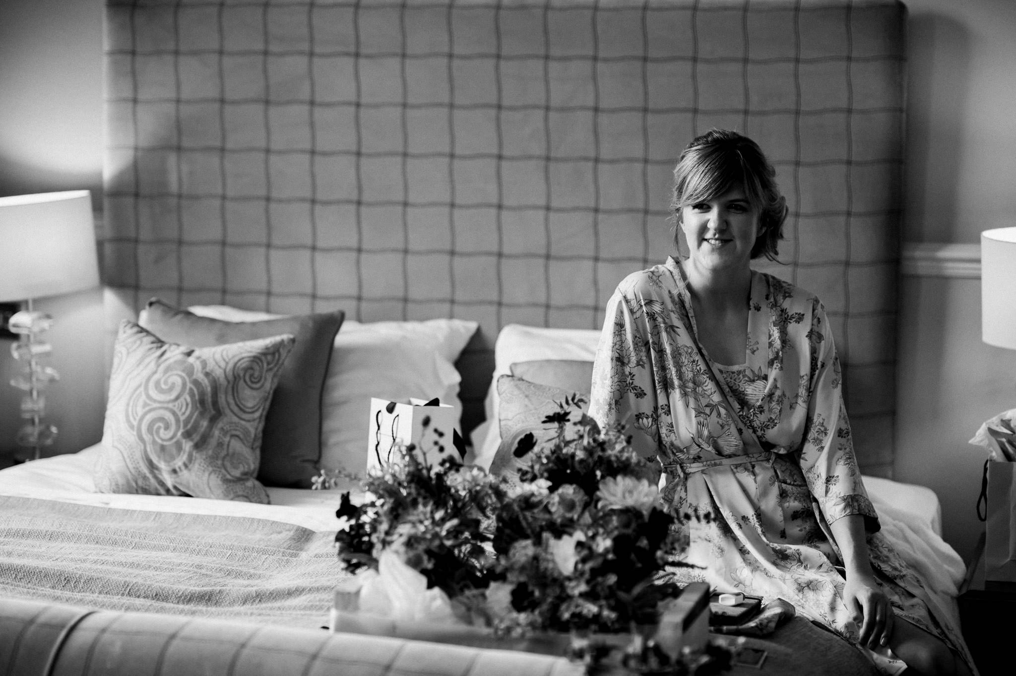 Hestercombe wedding photography 05 bridal preparations