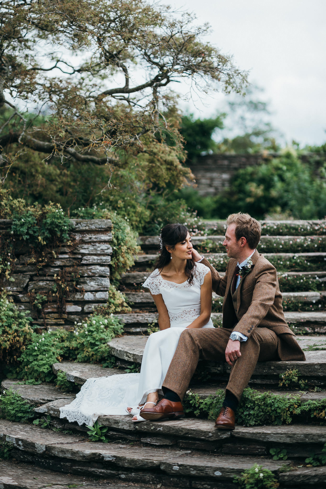 Newlyweds at Hestercombe gardens