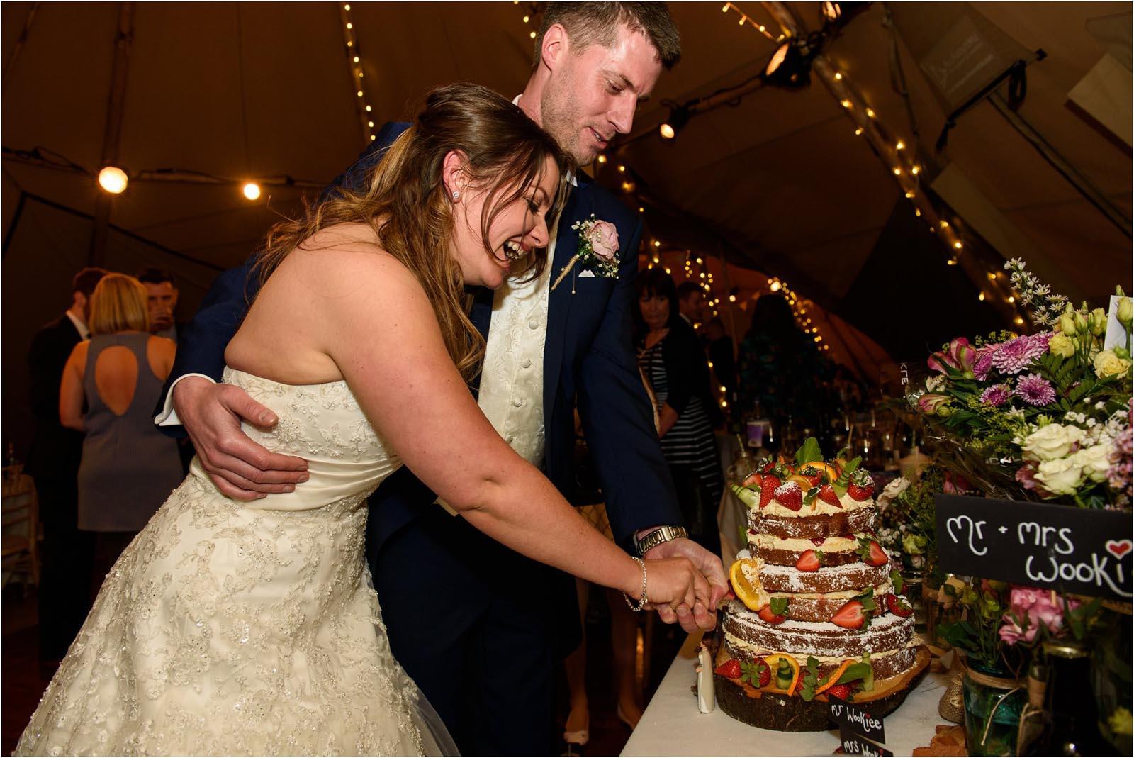 wedding cake cut Domvilles Farm