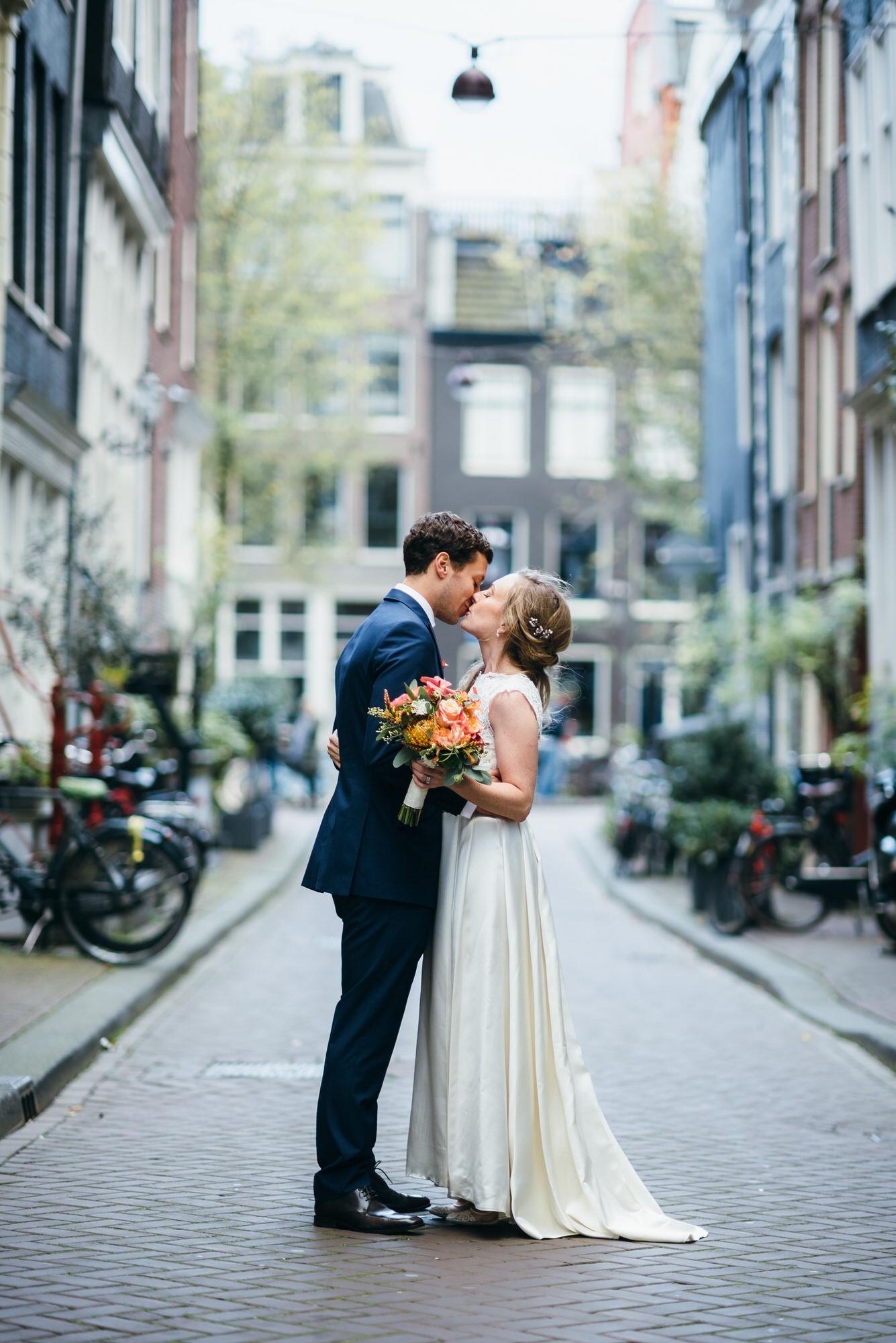 Amsterdam destination wedding photographer 065