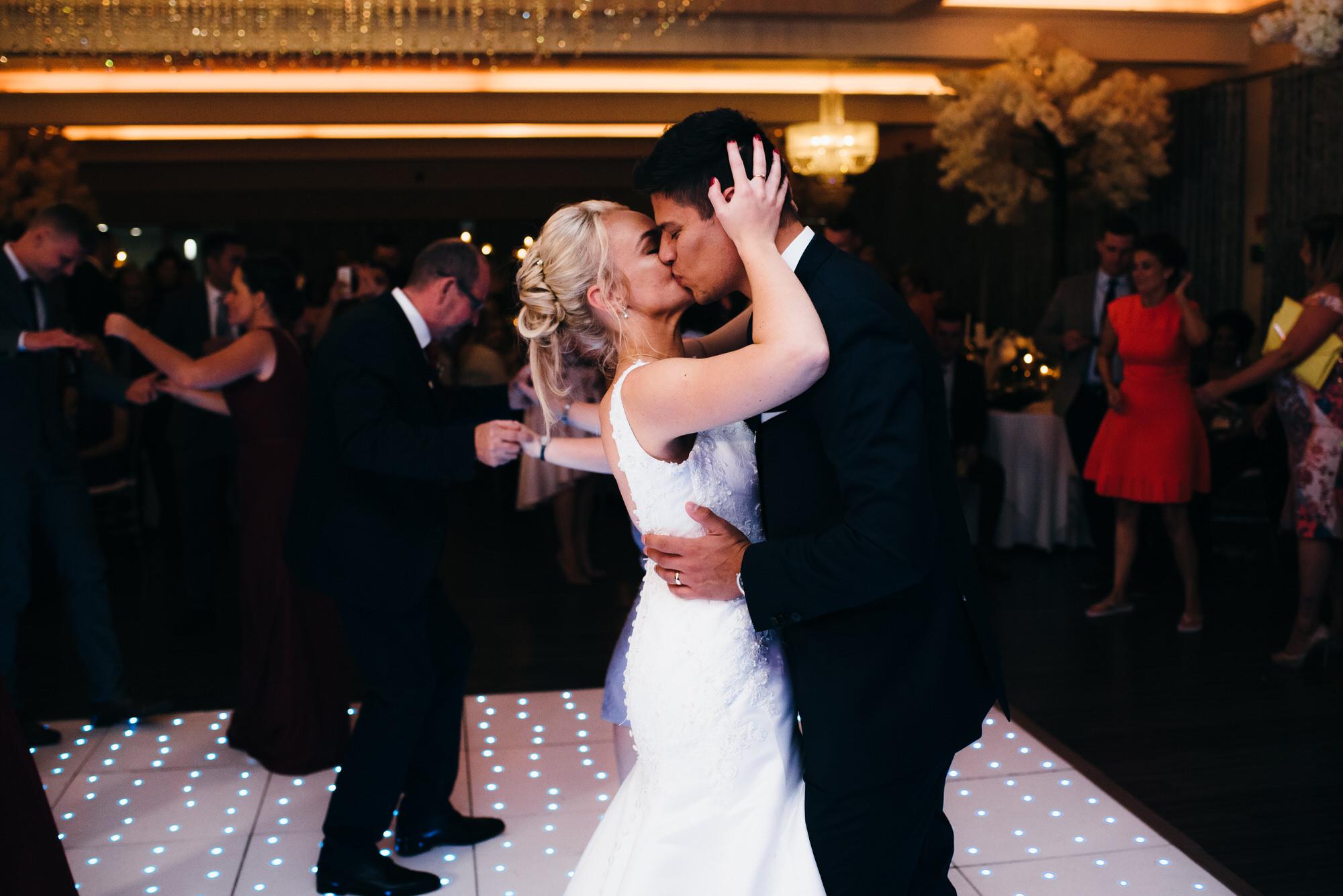Merrydale manor wedding photography 097