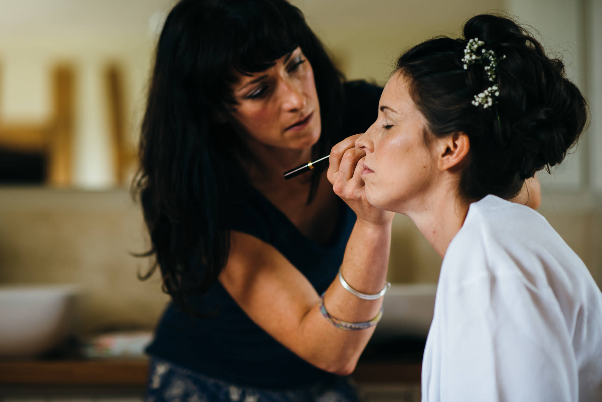 Huntstile wedding make up