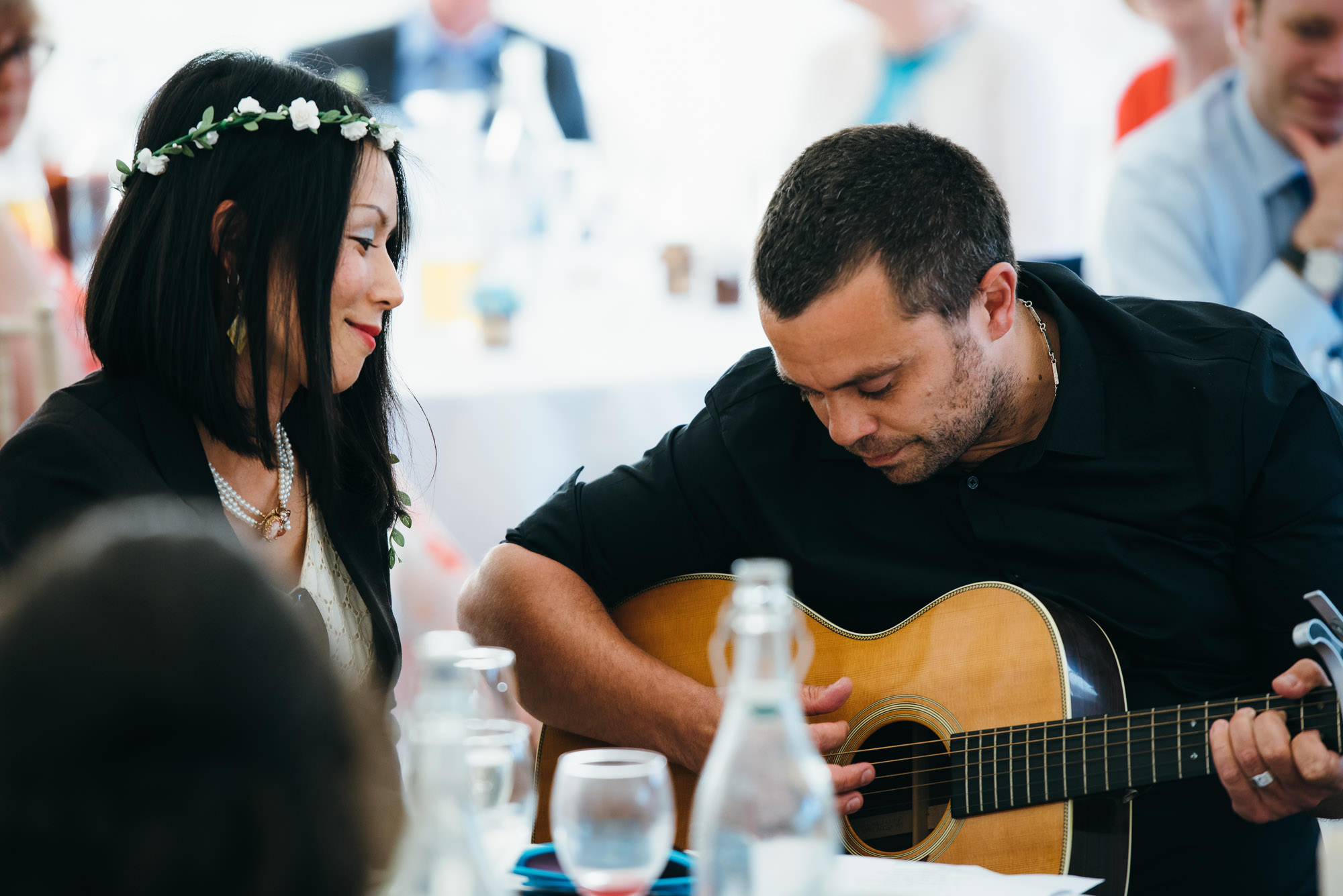 guitarist at Huntstile organic farm wedding