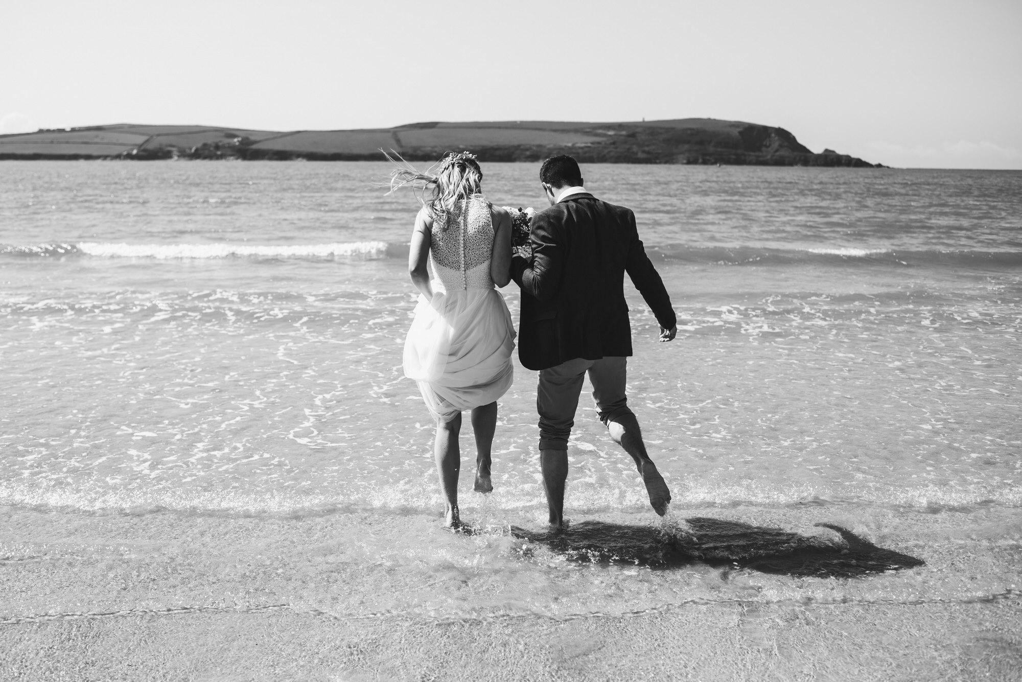 Roscarrock farm wedding photography 19-2