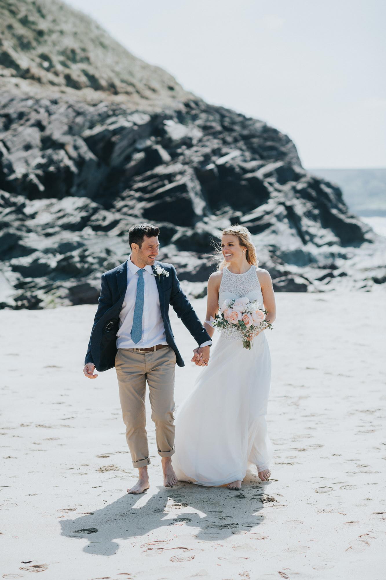 Roscarrock farm wedding photography 21-2