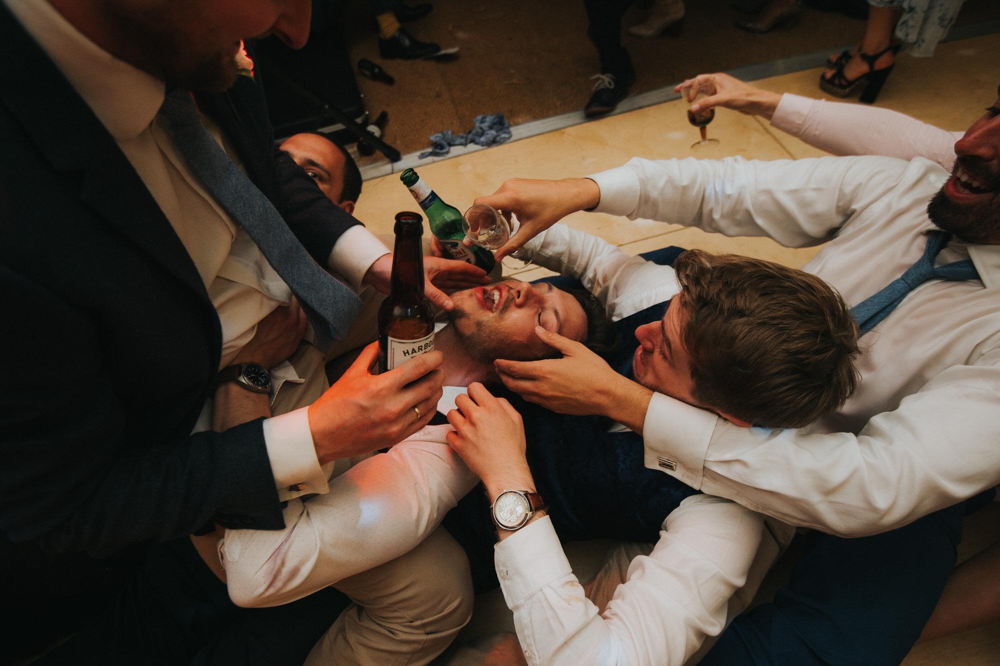 Roscarrock farm wedding photography 40-2