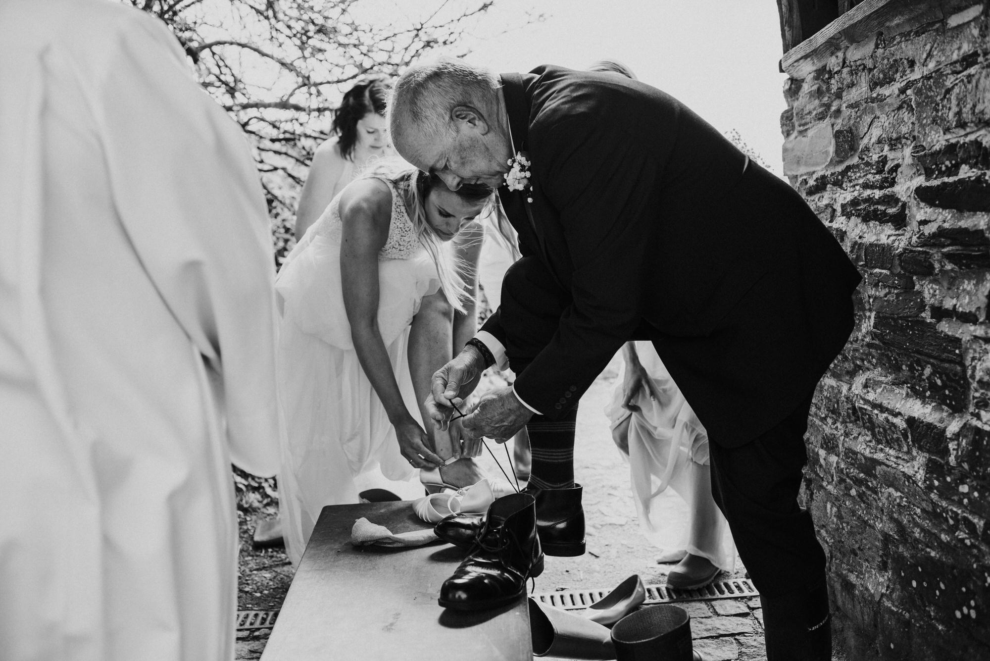 Roscarrock farm wedding photography 9-2