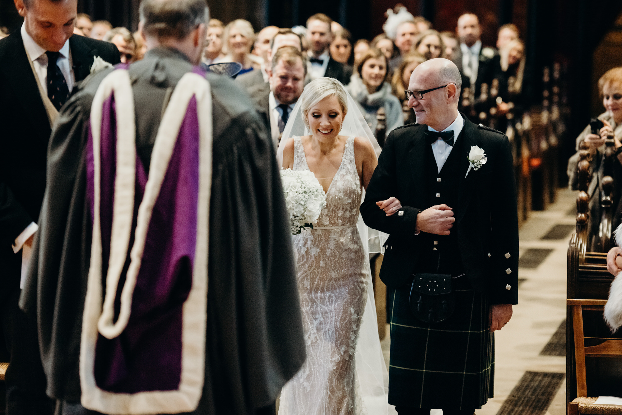 Bride enters Glasgow Cathedral