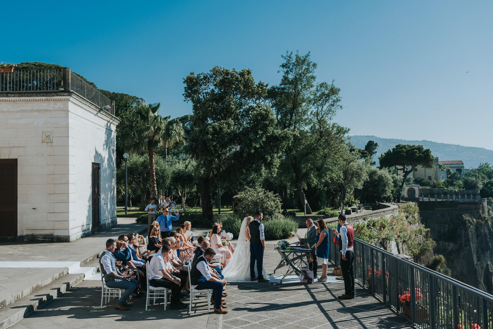 Sorrento wedding photographer 25