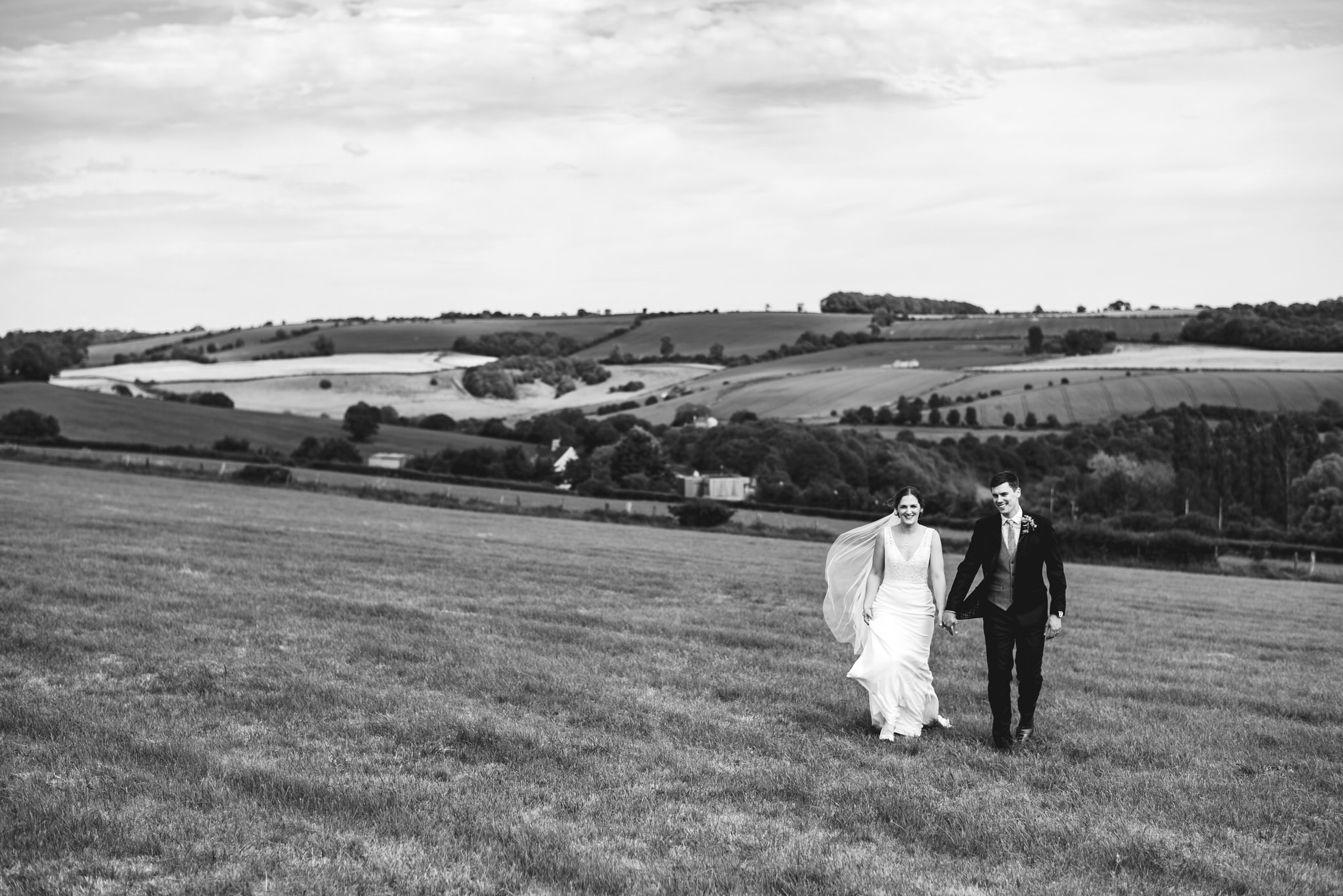 Outdoor somerset wedding photographer 38