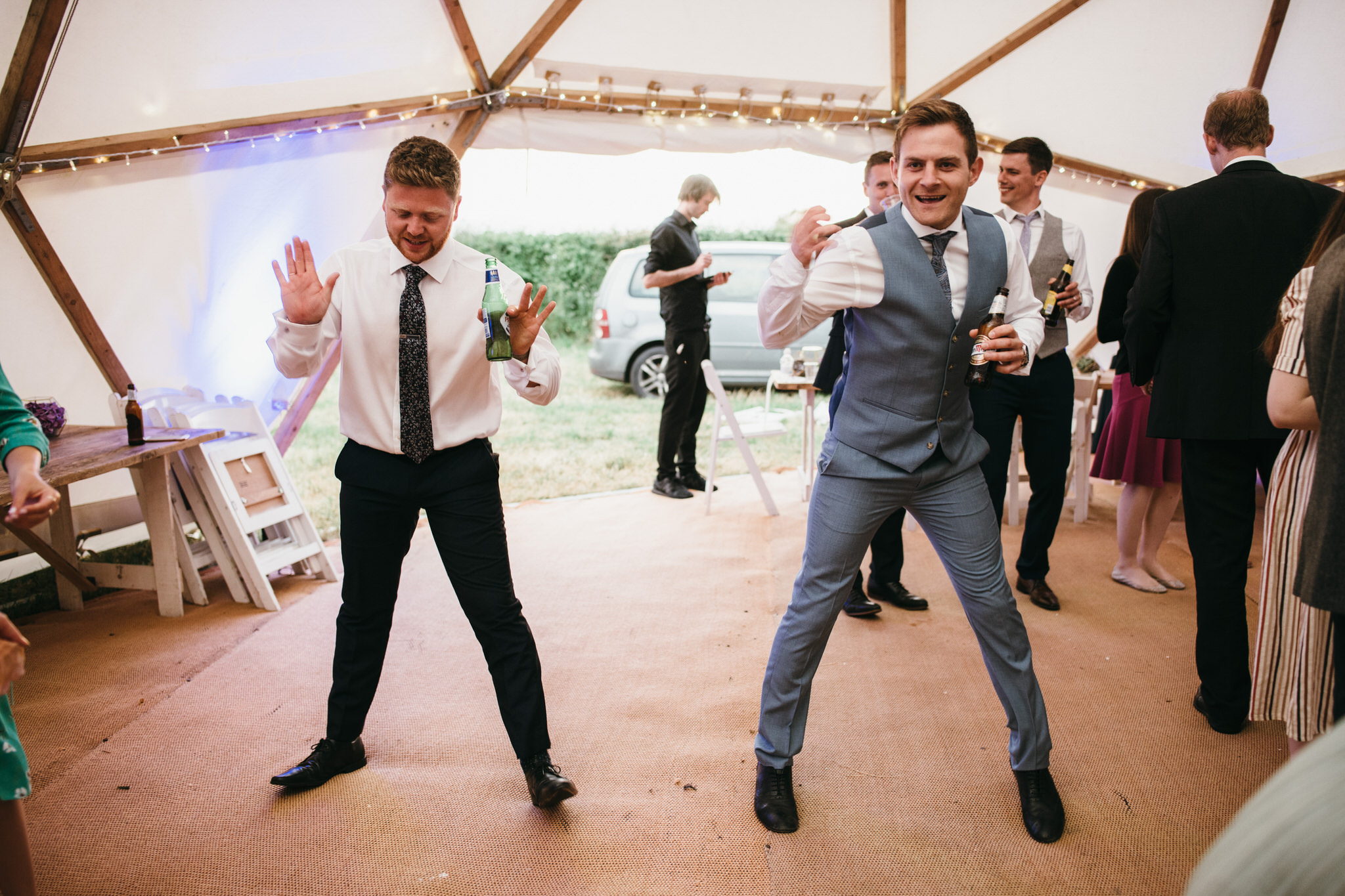 Outdoor somerset wedding photographer 50