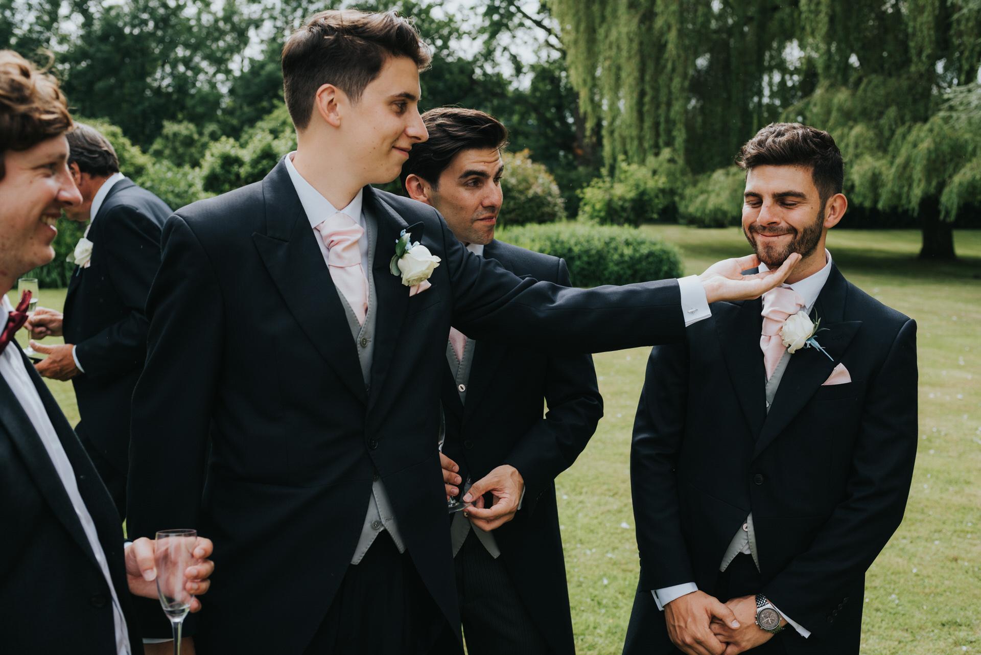 Hampshire wedding photographer 12