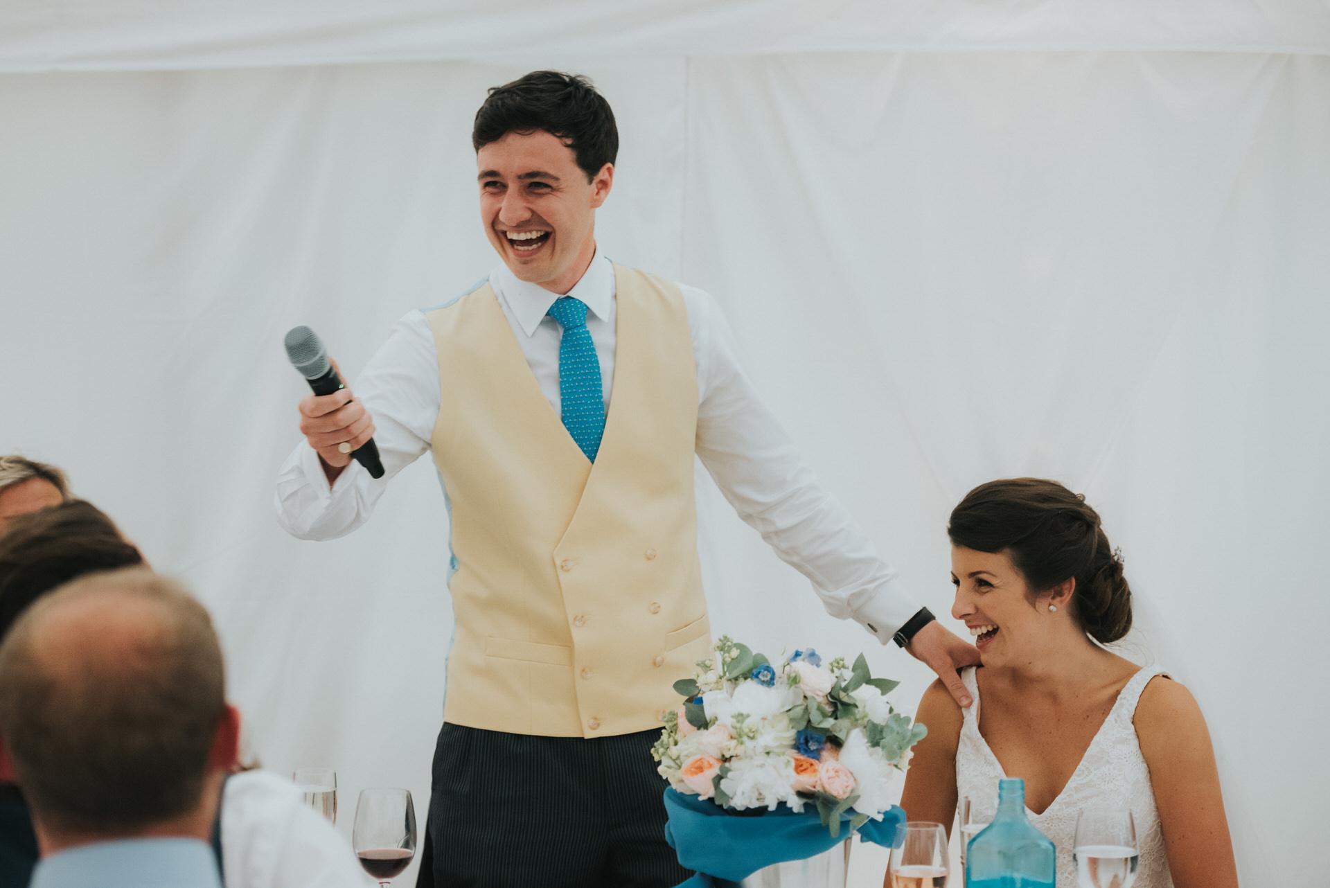 Hampshire wedding photographer 16