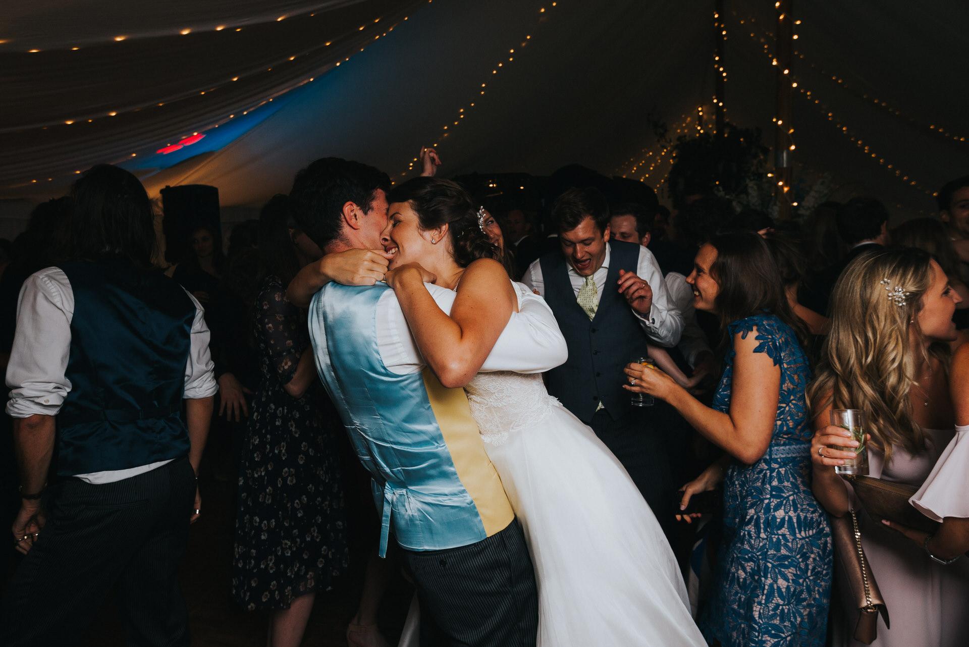 Hampshire wedding photographer 20