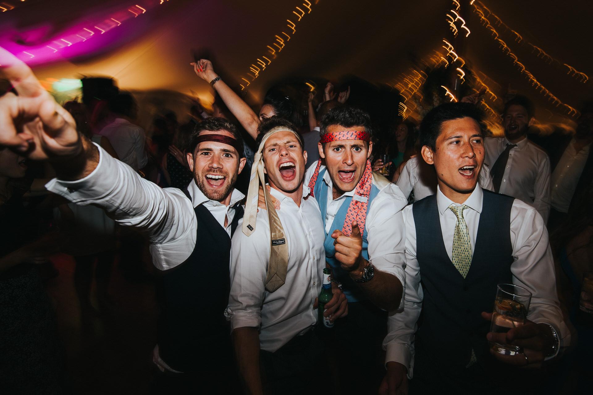 Hampshire wedding photographer 25