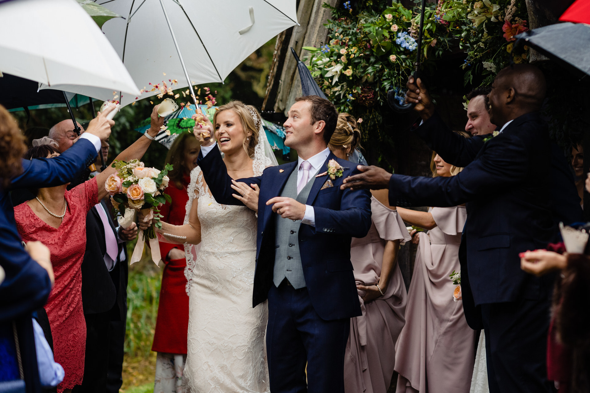 St John the Baptist Pulborough wedding confetti bride and groom