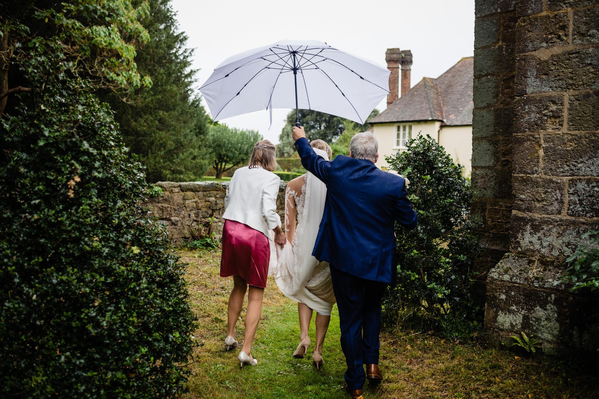 St John the Baptist Pulborough wedding photography