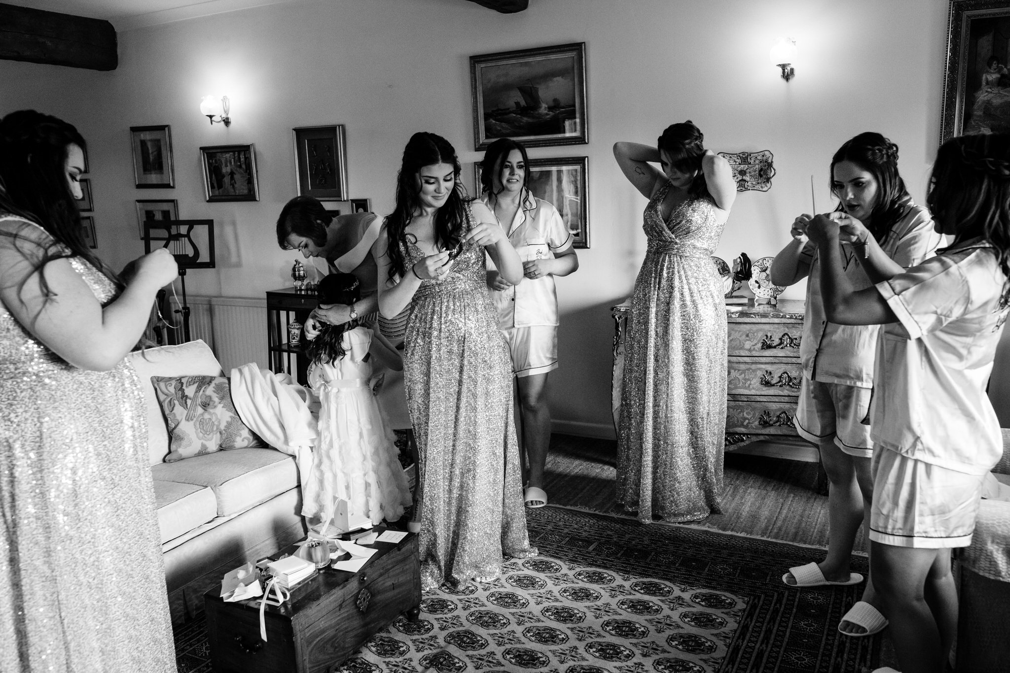 Bridal preparations black and white