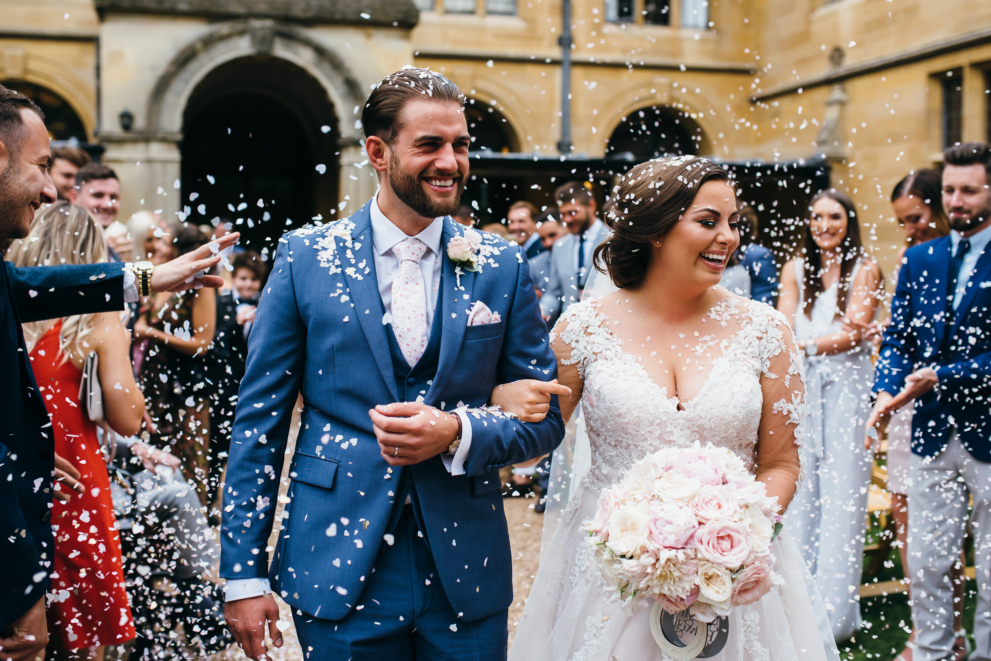 Coombe lodge wedding confetti