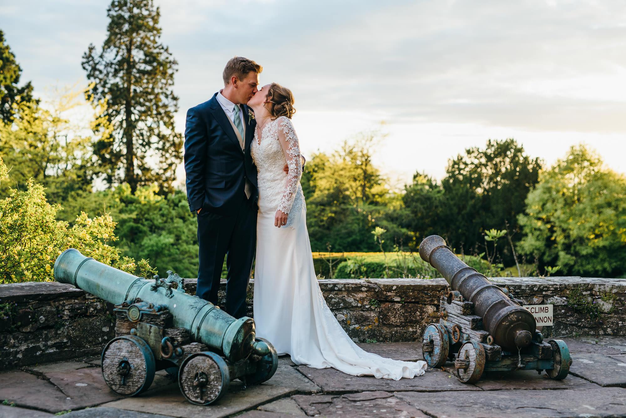 Berkeley castle wedding captured by simon biffen photography 1