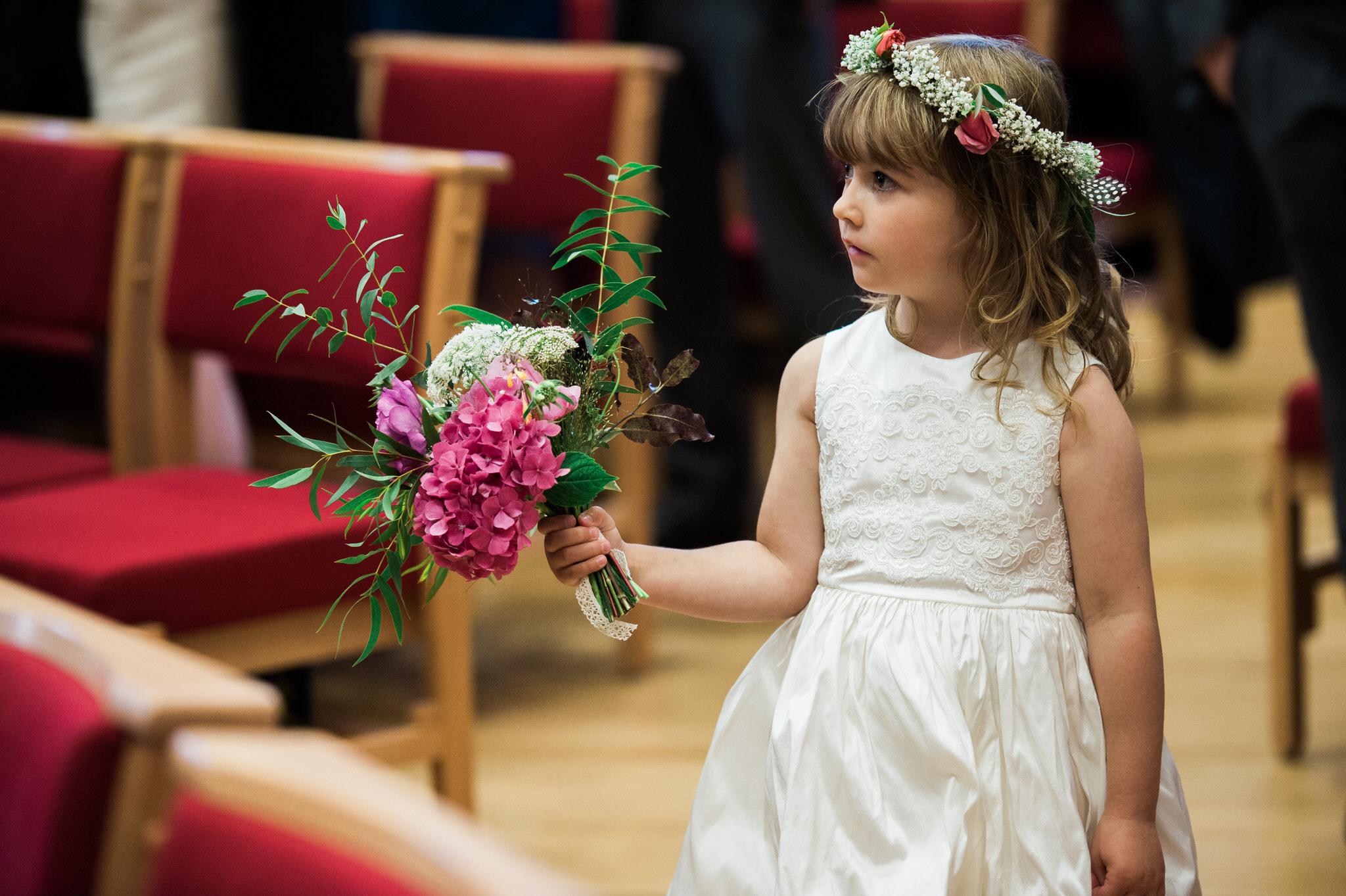 Salcombe devon marquee wedding by simon biffen photography 12