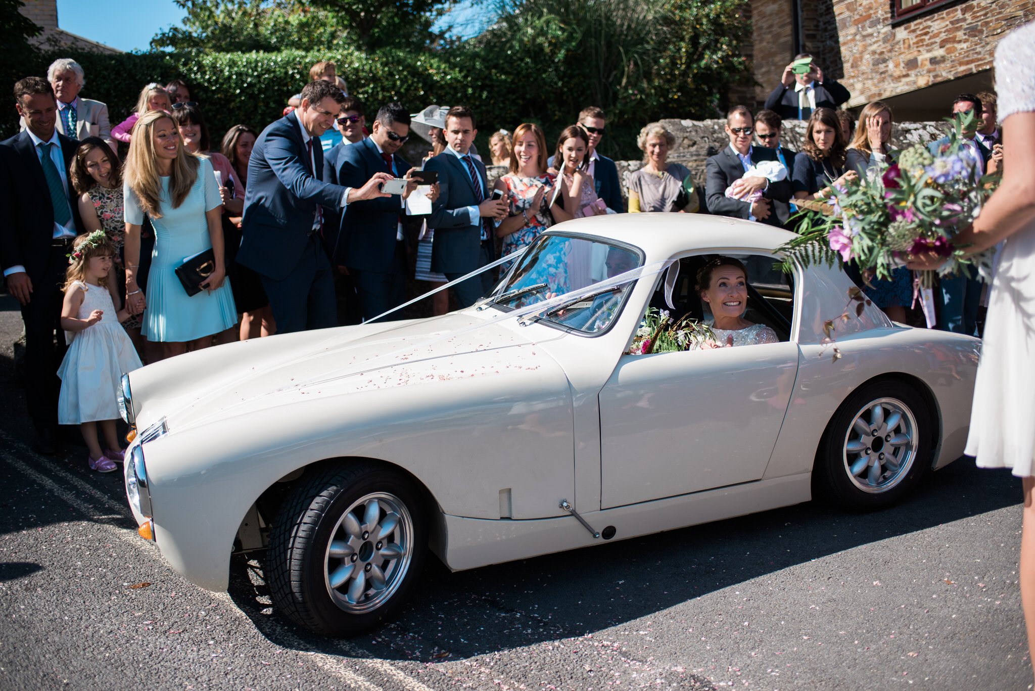 Salcombe devon marquee wedding by simon biffen photography 17