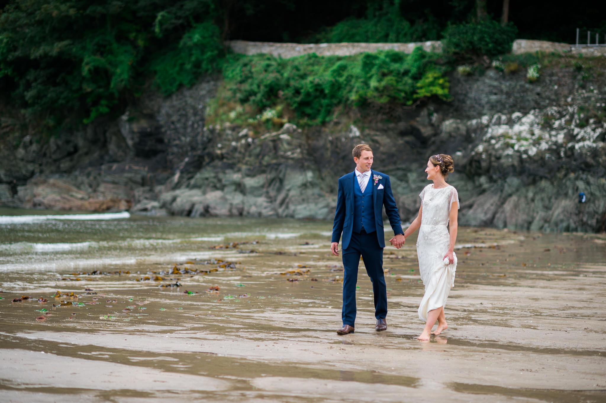 Salcombe devon marquee wedding by simon biffen photography 23