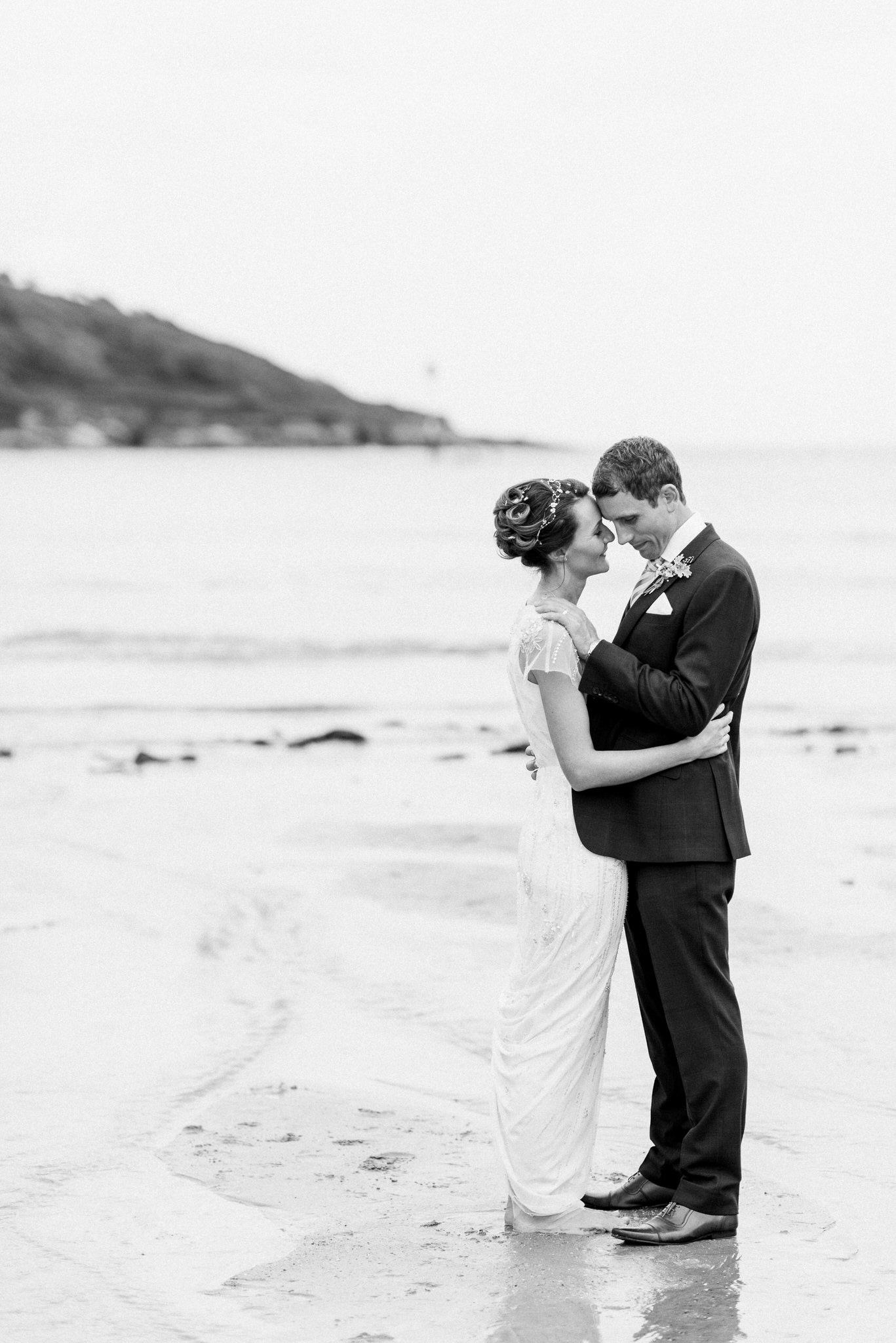 Salcombe devon marquee wedding by simon biffen photography 25