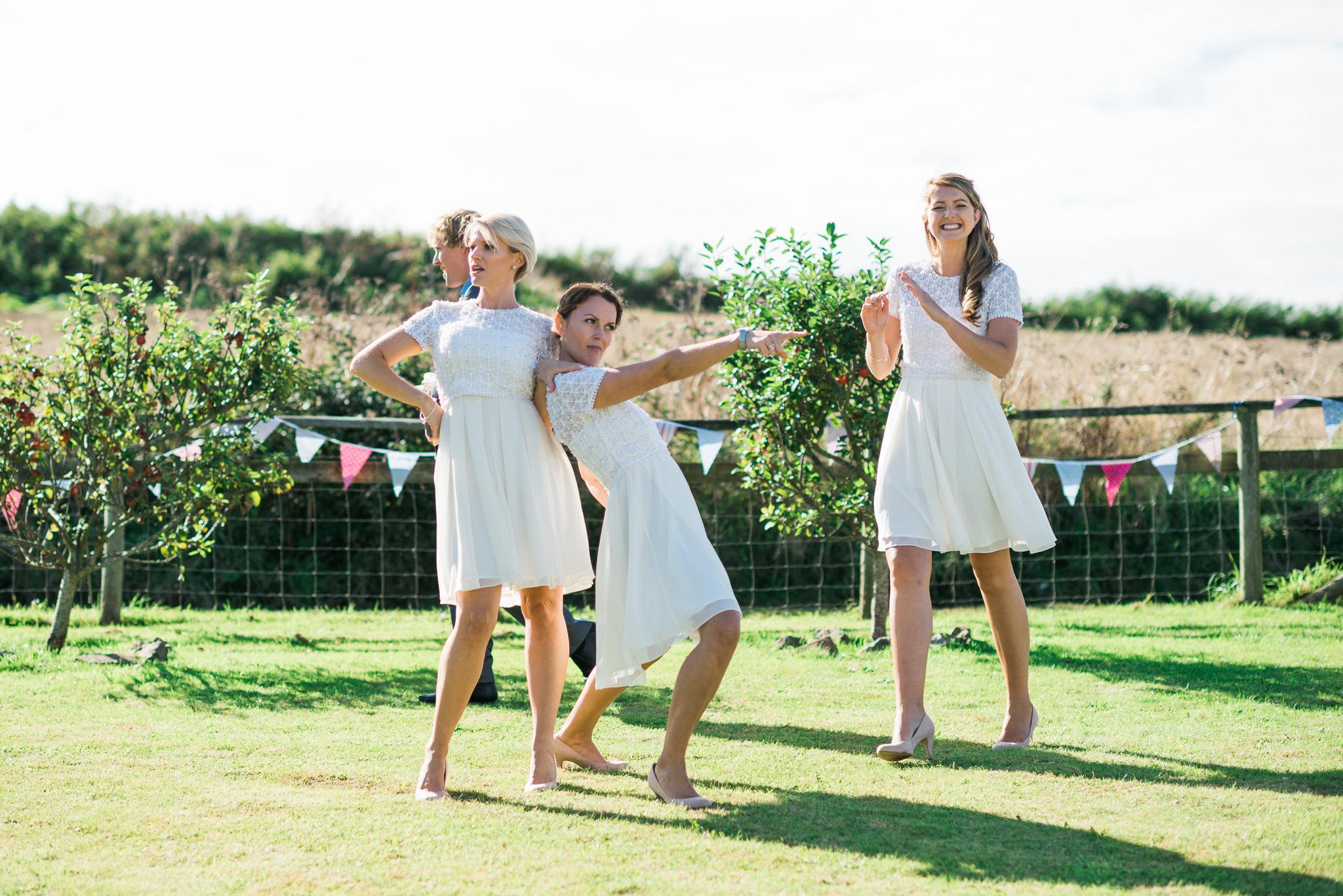 Salcombe devon marquee wedding by simon biffen photography 27