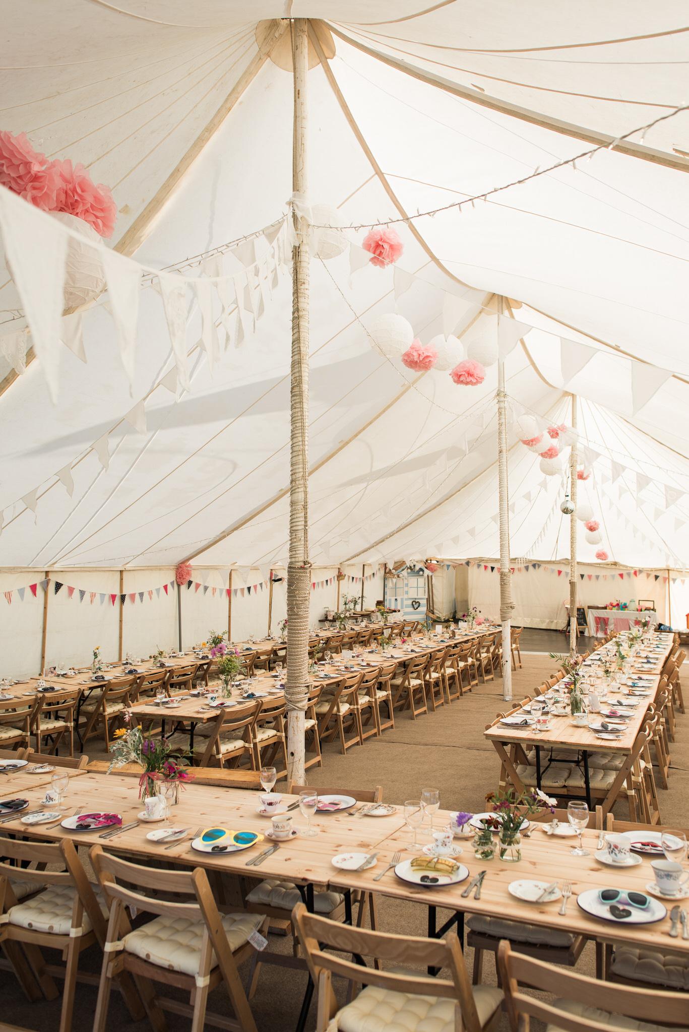 Salcombe devon marquee wedding by simon biffen photography 3