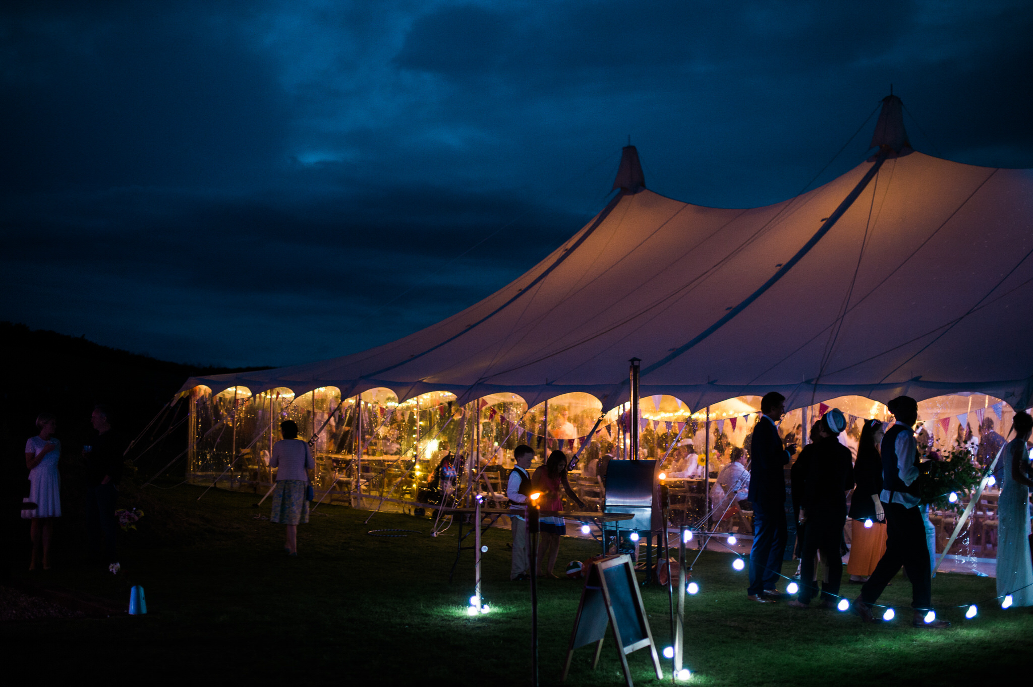 Salcombe devon marquee wedding by simon biffen photography 39