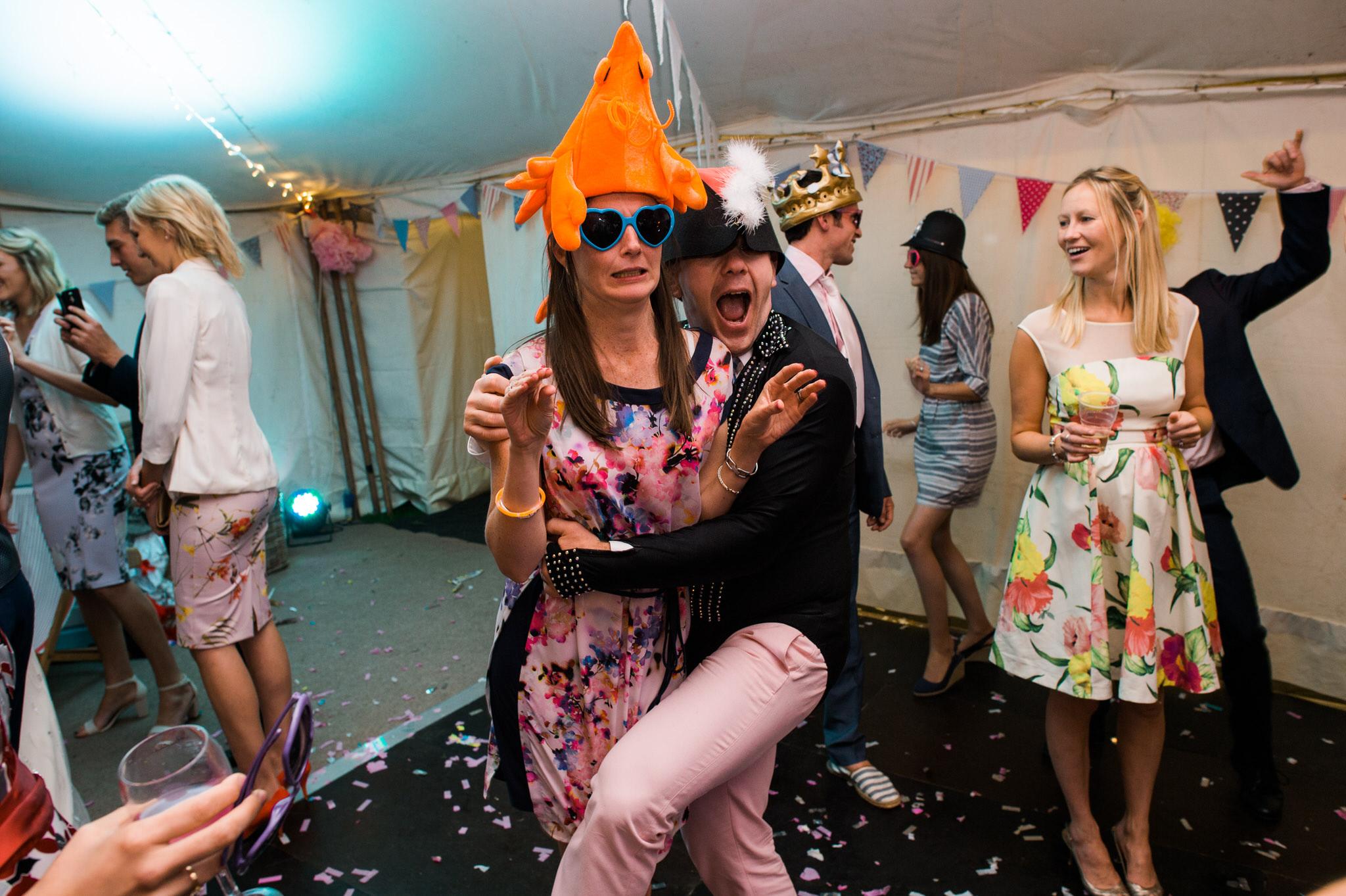 Salcombe devon marquee wedding by simon biffen photography 42