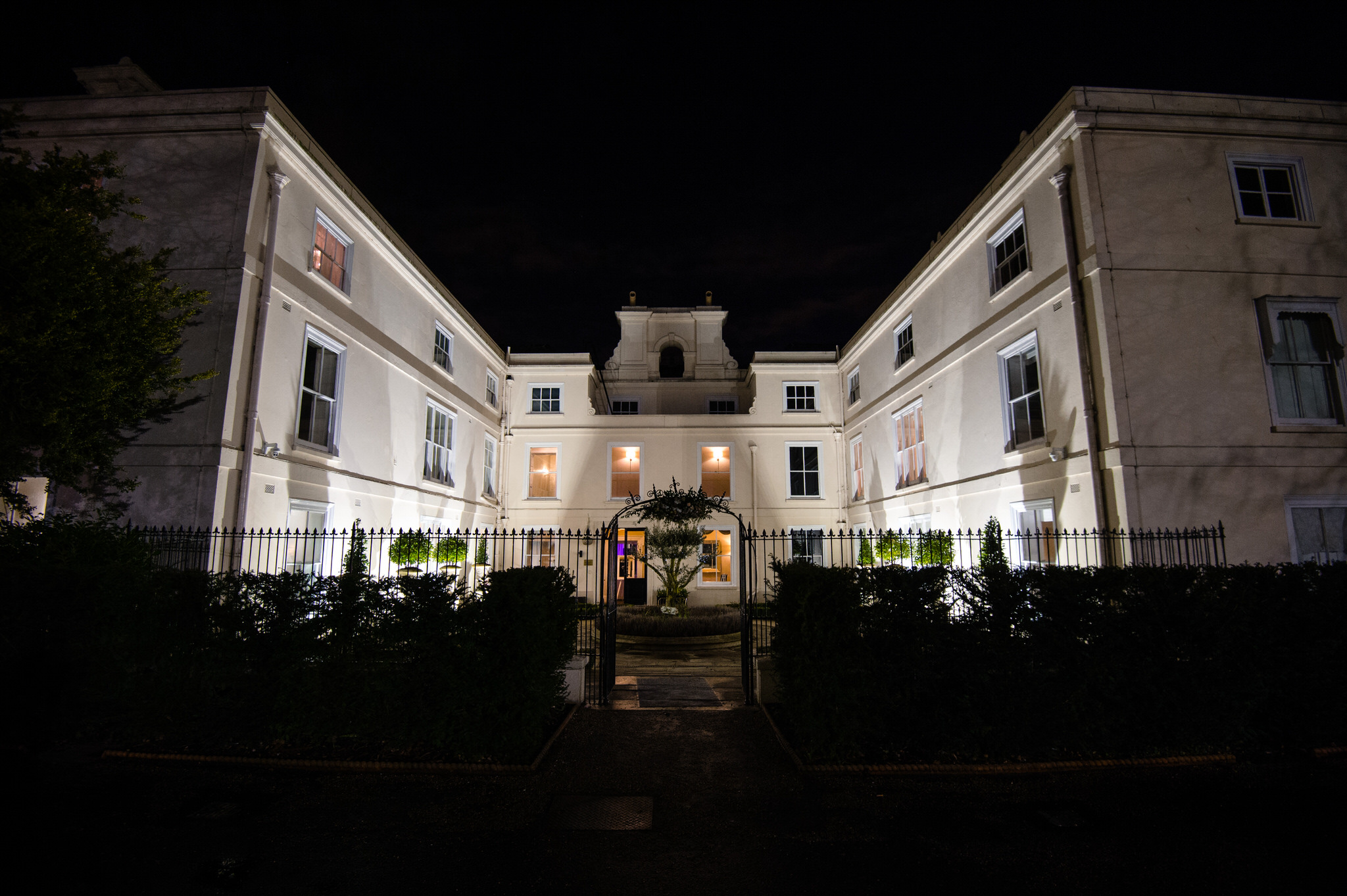 Morden hall at night