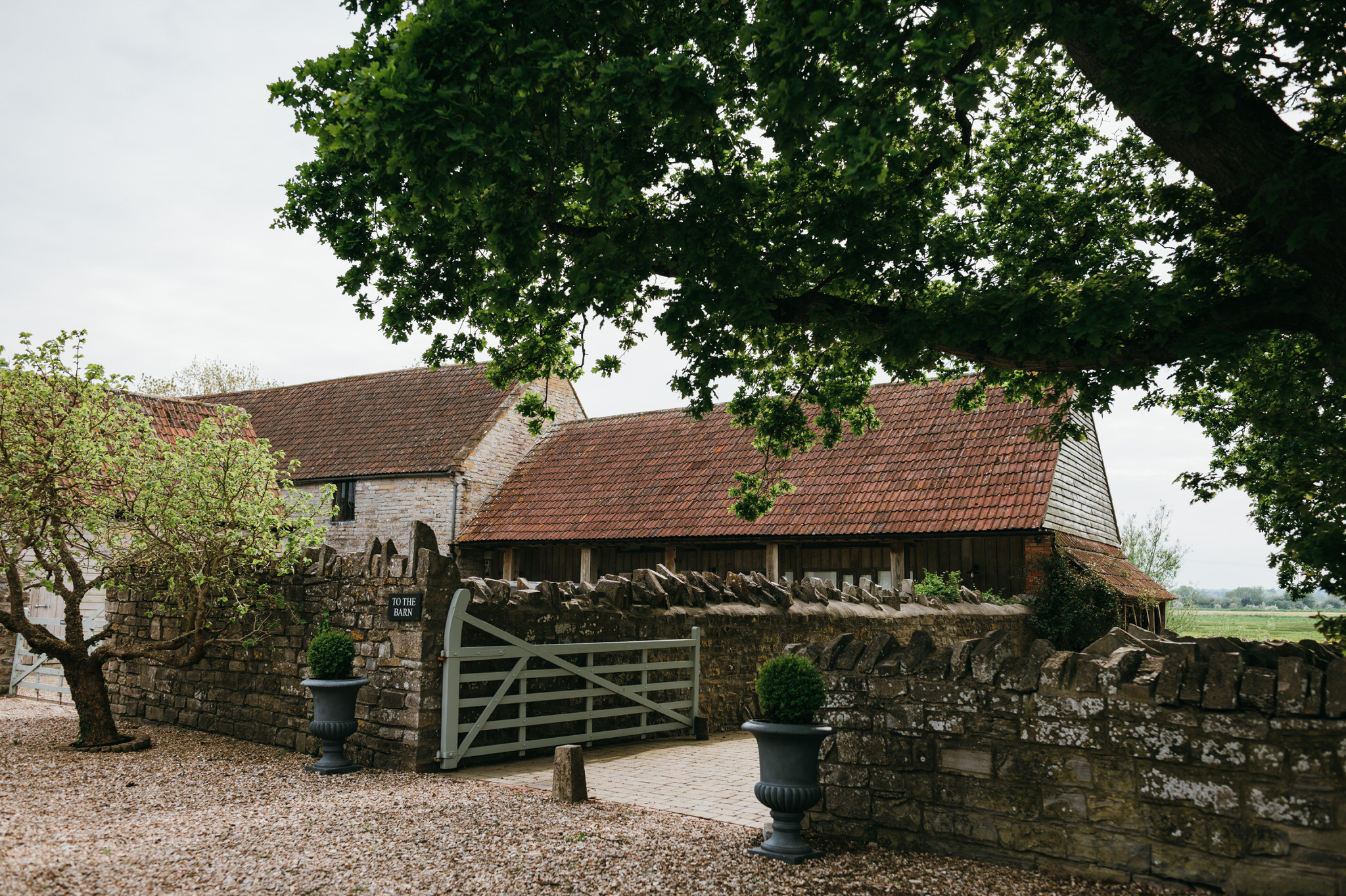 Almonry barn weddings
