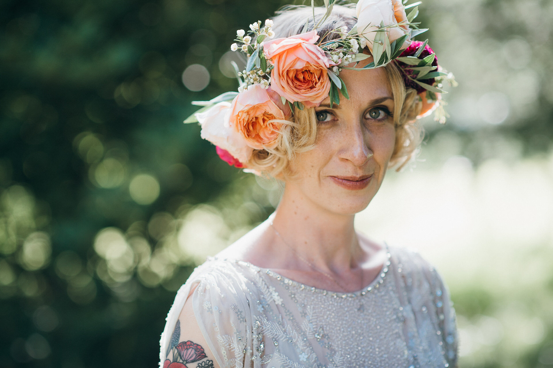 Amazing wedding flower crown
