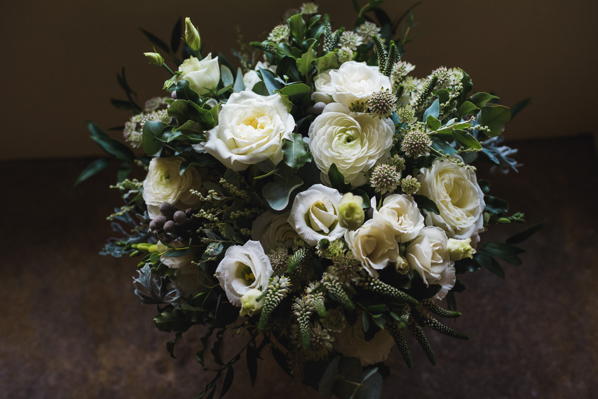 Brympton wedding flowers by simon biffen photography 7