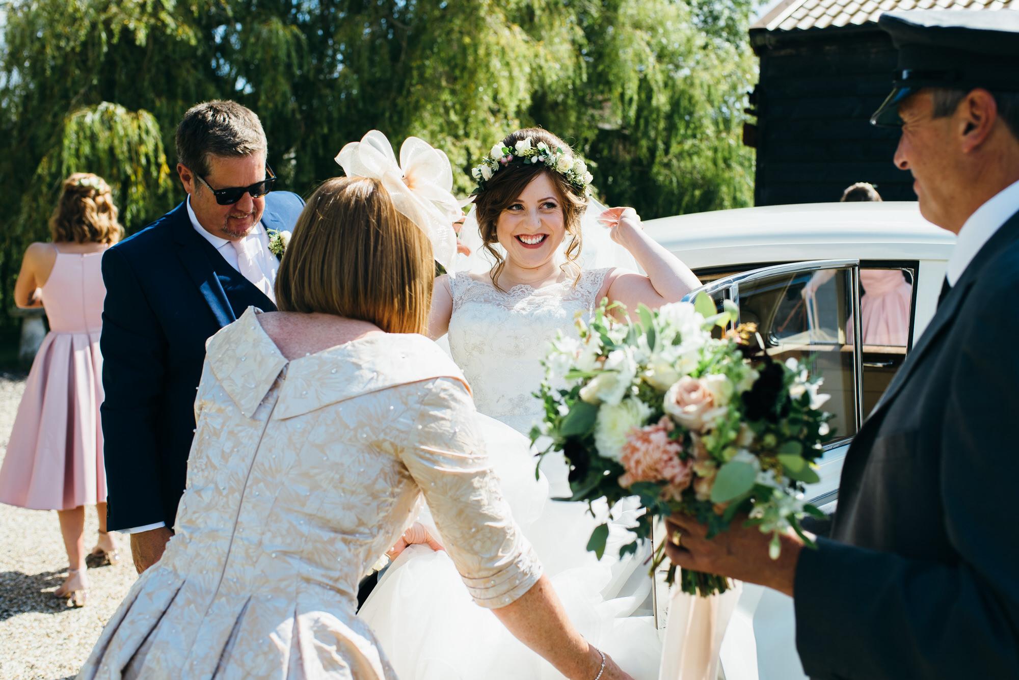 Colville hall wedding bride arrives