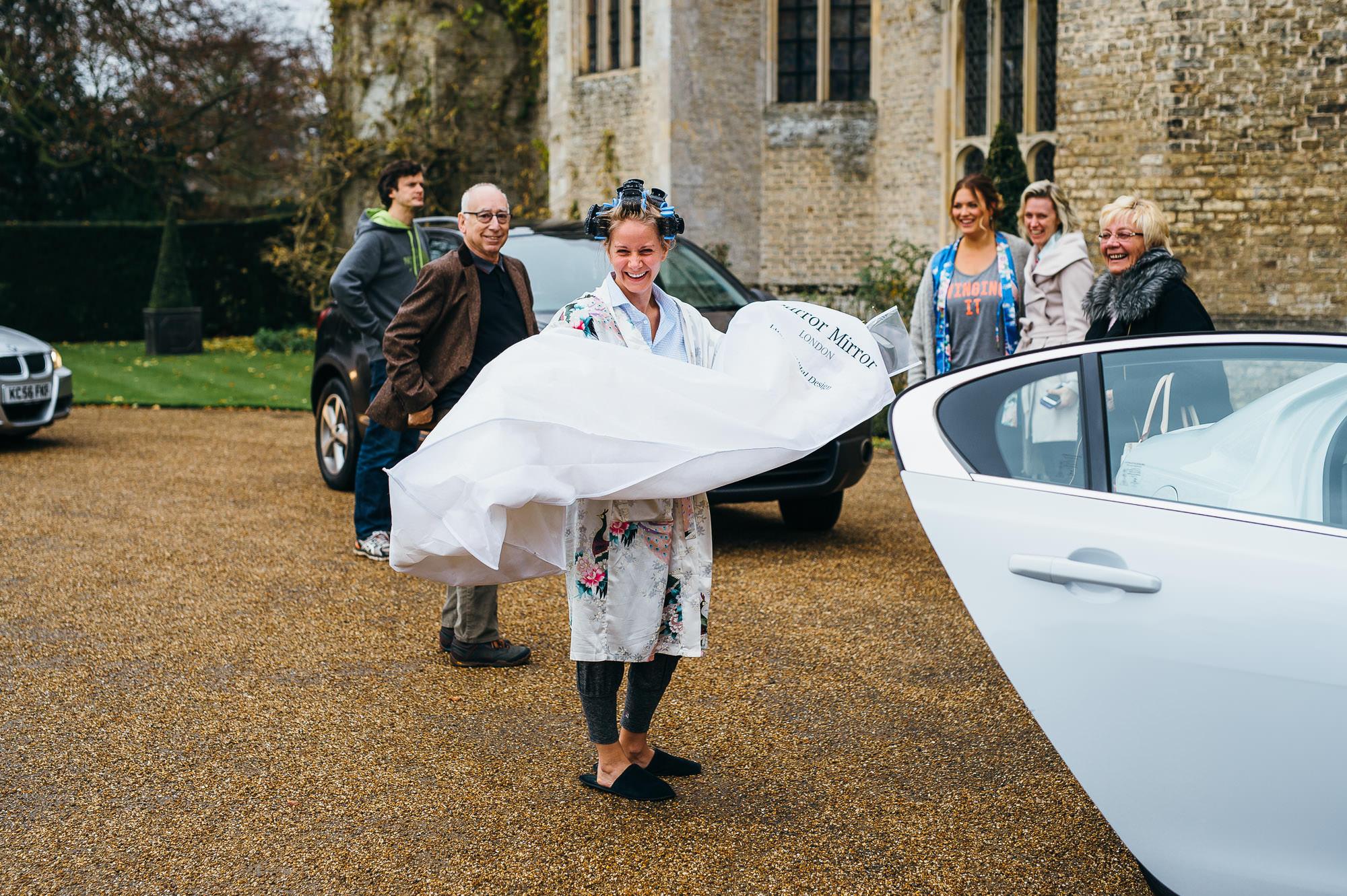 Bride arrives at Hengrave hall