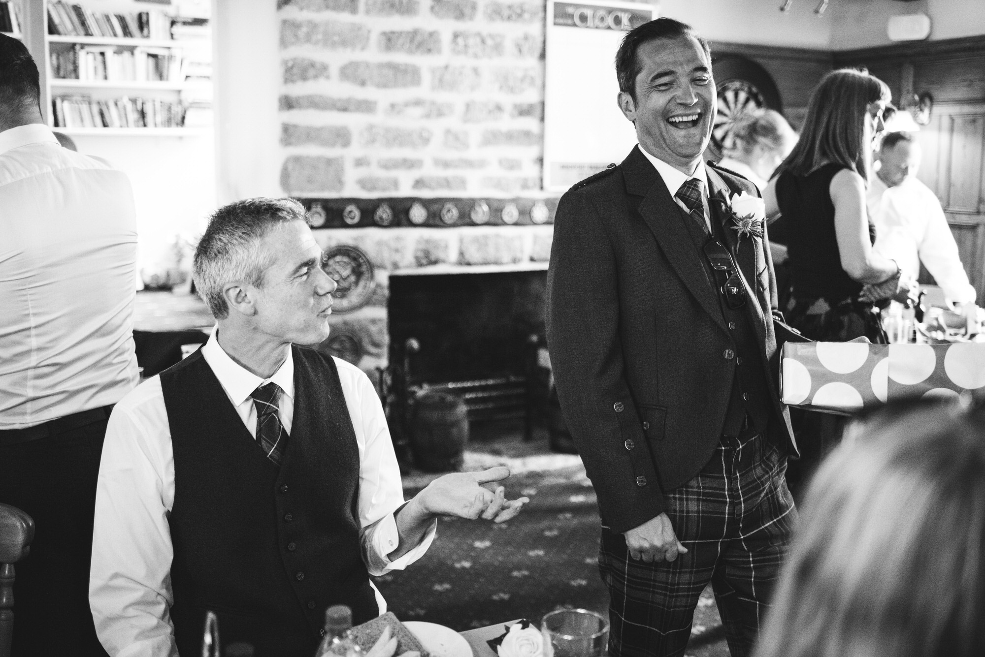 Dorset marquee wedding by the sea simon biffen photography 3